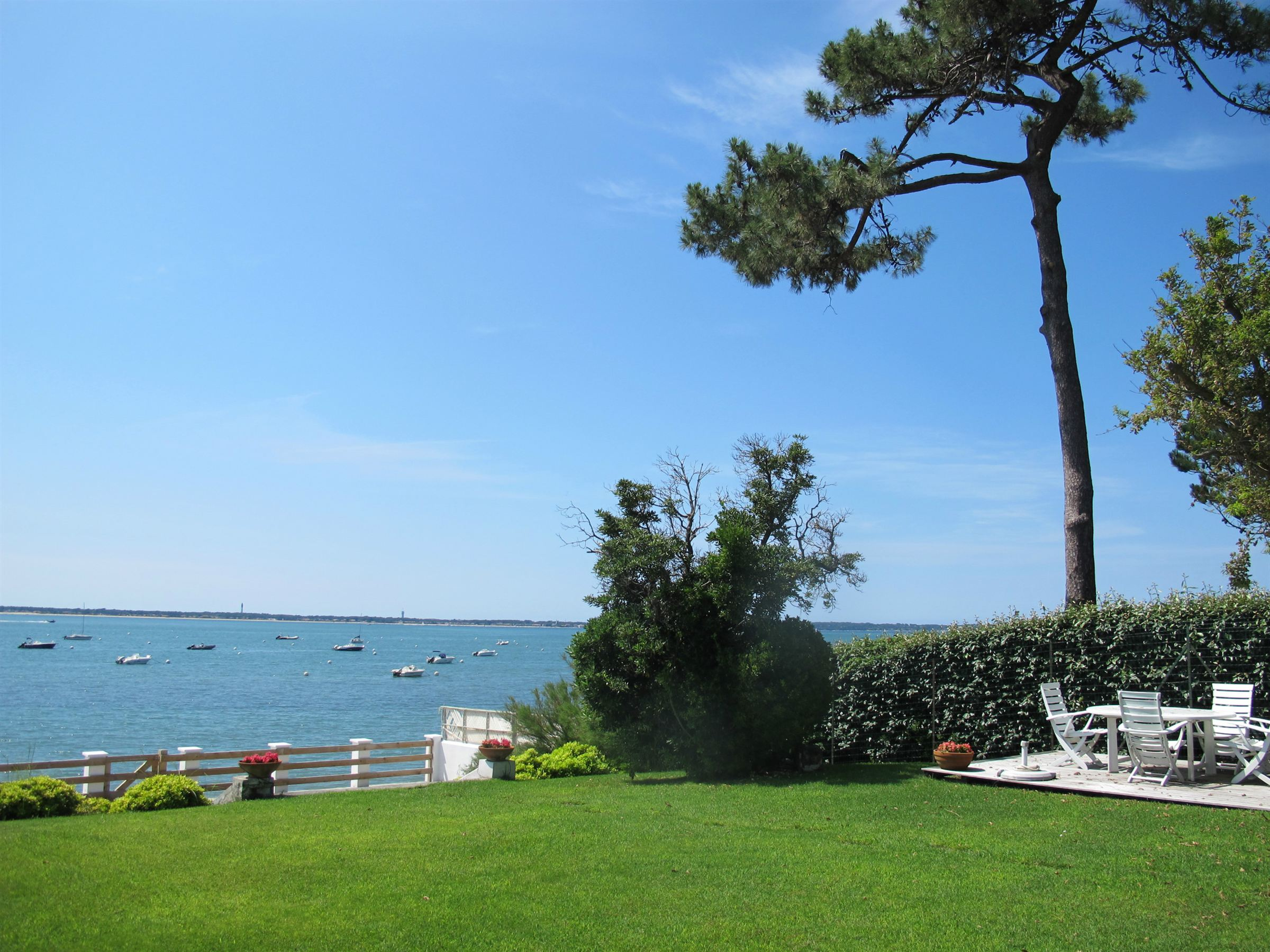 Property For Sale at PYLA SUR MER - LE MOULLEAU - LUXURY WATERFRONT SUMMER HOUSE
