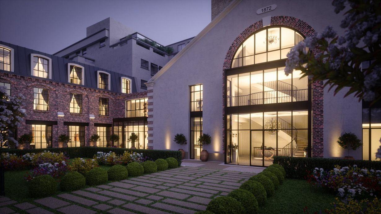 Single Family Homes for Sale at Paris VII - Exceptional Private mansion Paris, Ile-De-France 75007 France