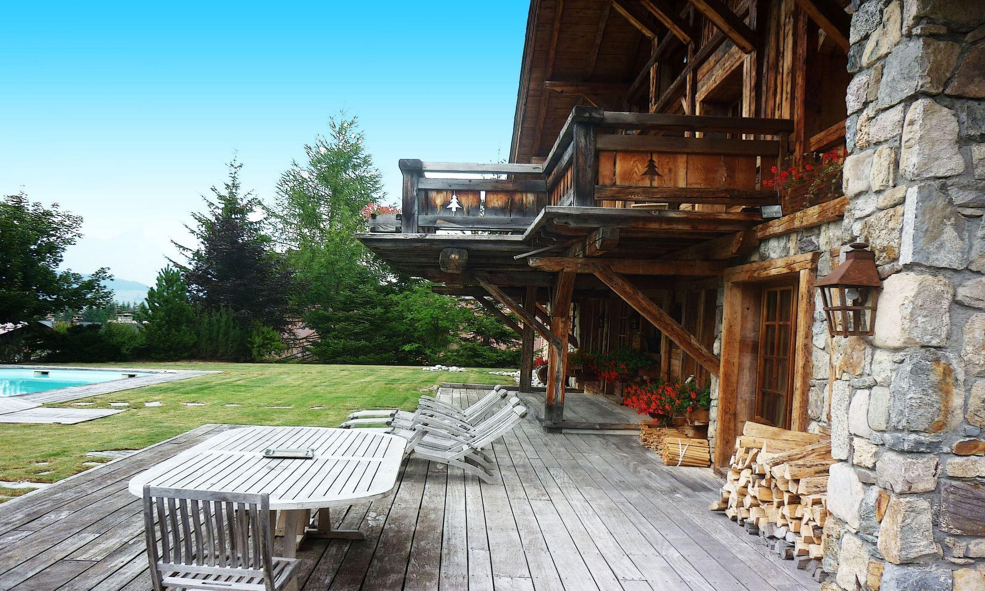 Property For Sale at Megève Mont d'Arbois Chalet Organza