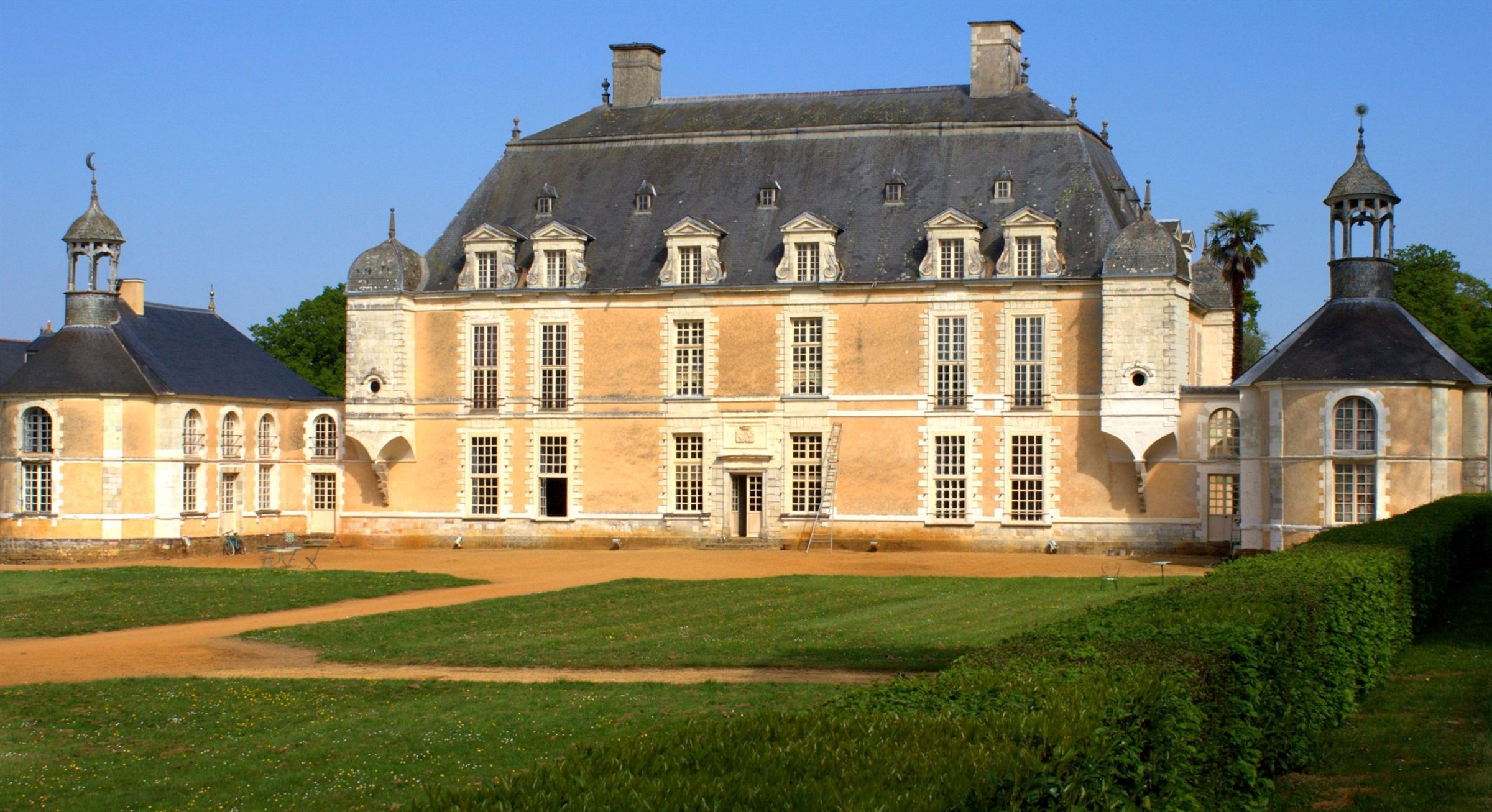 Property For Sale at Rennes, 17th's century château, listed and protected...