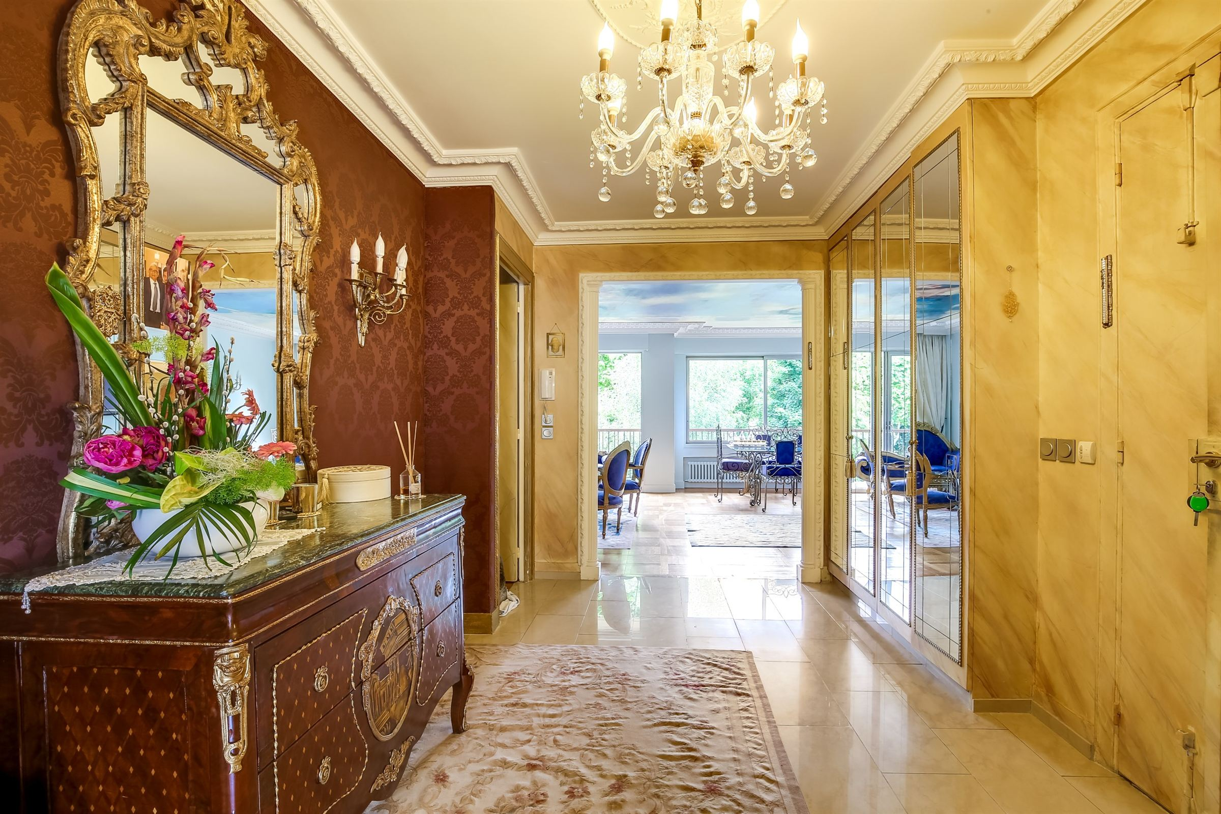 sales property at Bright apartment for sale in Neuilly-sur-Seine