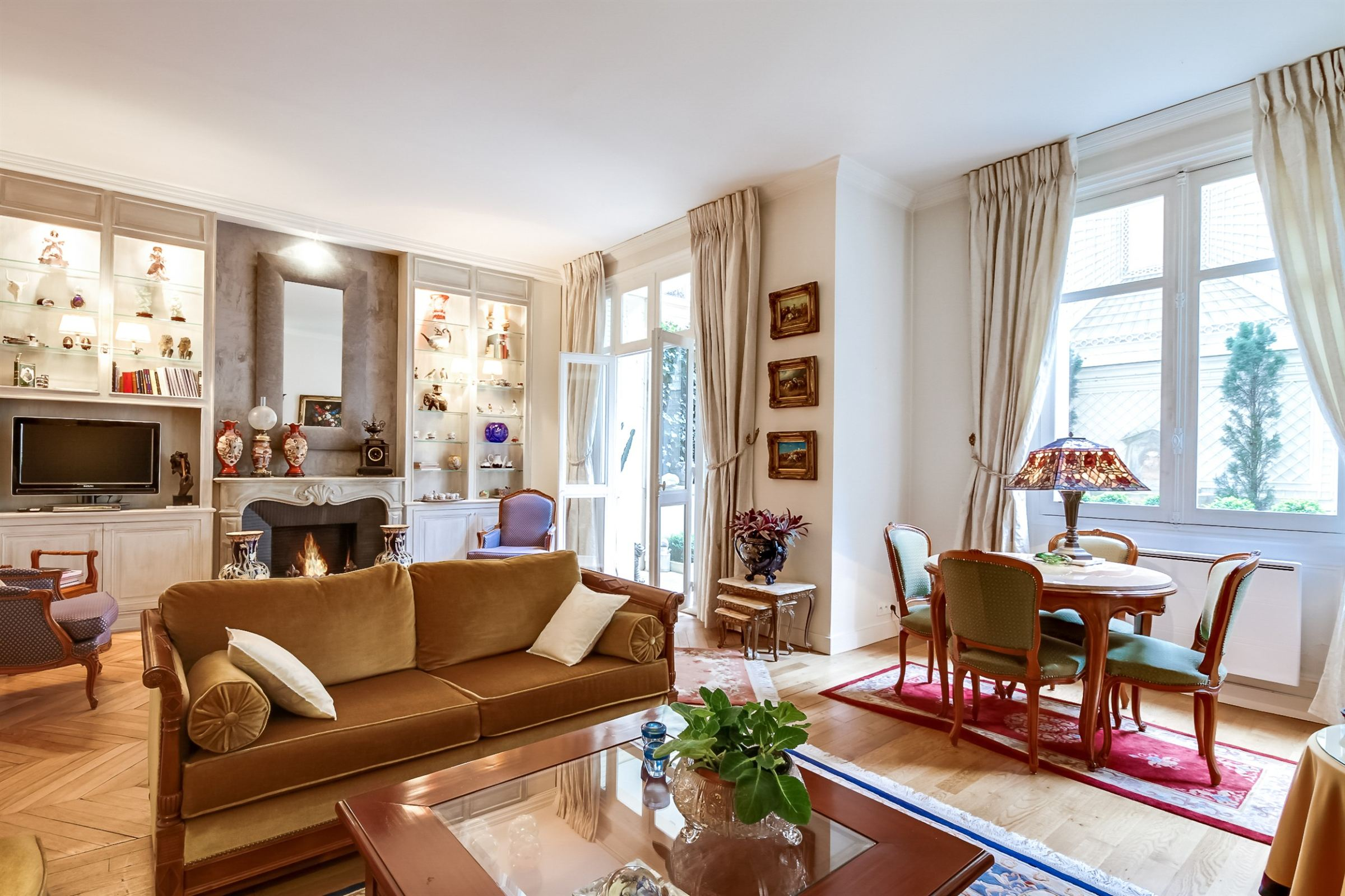 Property For Sale at Paris 16 - OCDE. Apartment. Countrified atmosphere