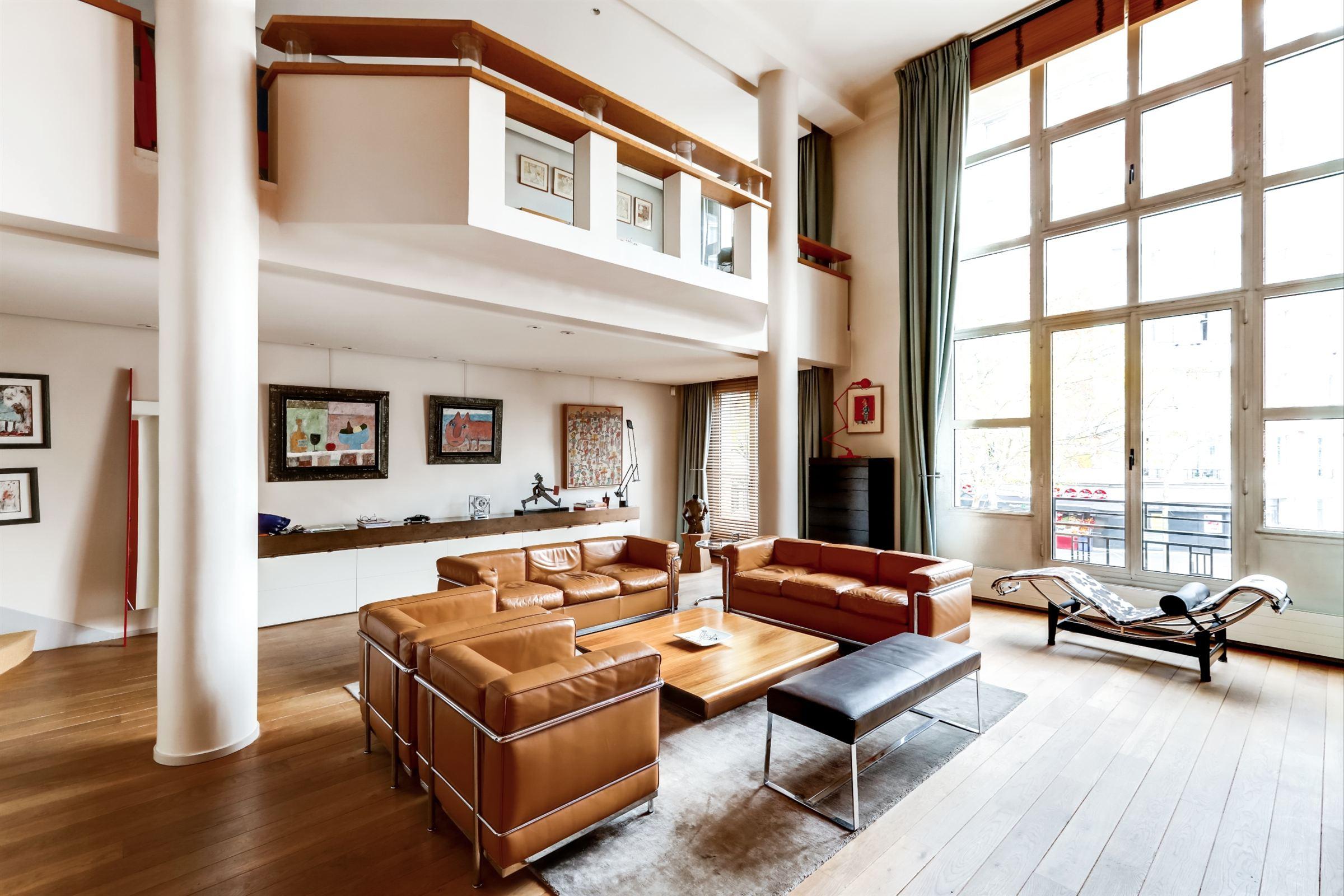 sales property at Artist's studio for sale in Paris 16th - Porte d'Auteuil