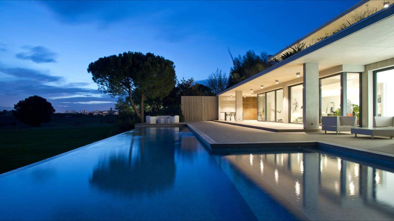 Single Family Home for Sale at PERPIGNAN : villa contemporaine avec vue Perpignan, Languedoc-Roussillon, 66000 France
