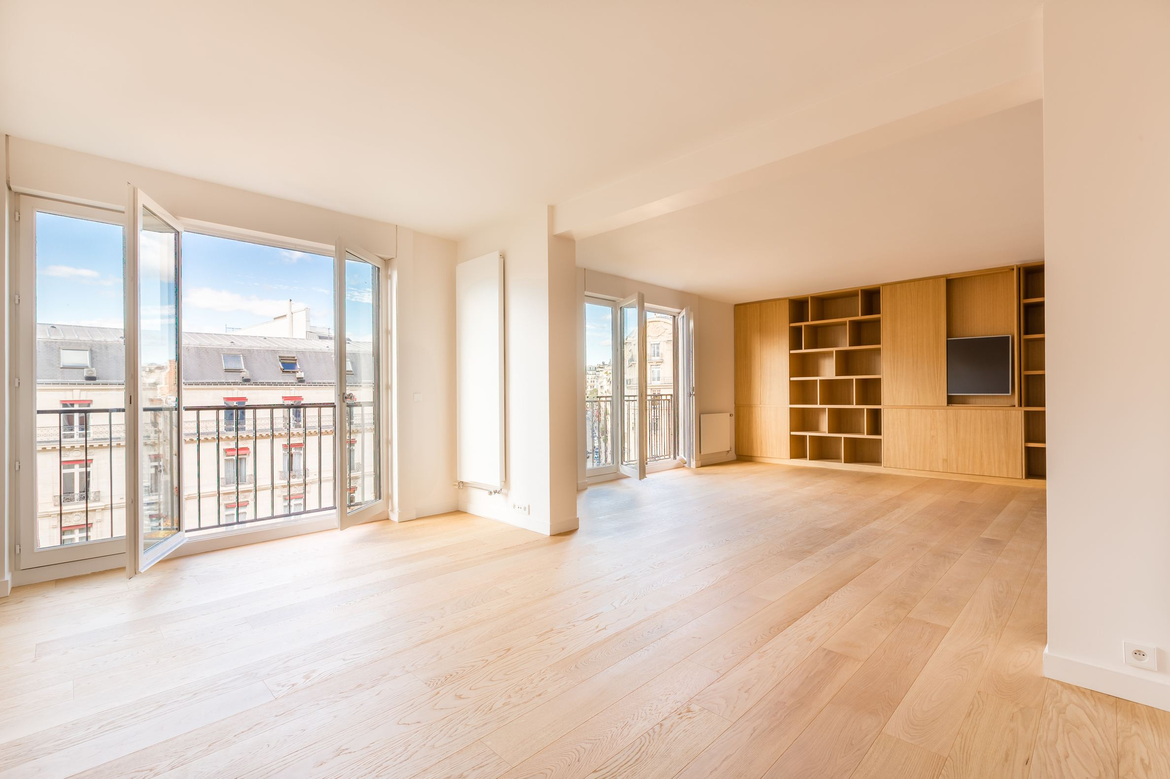 rentals property at Avenue Montaigne