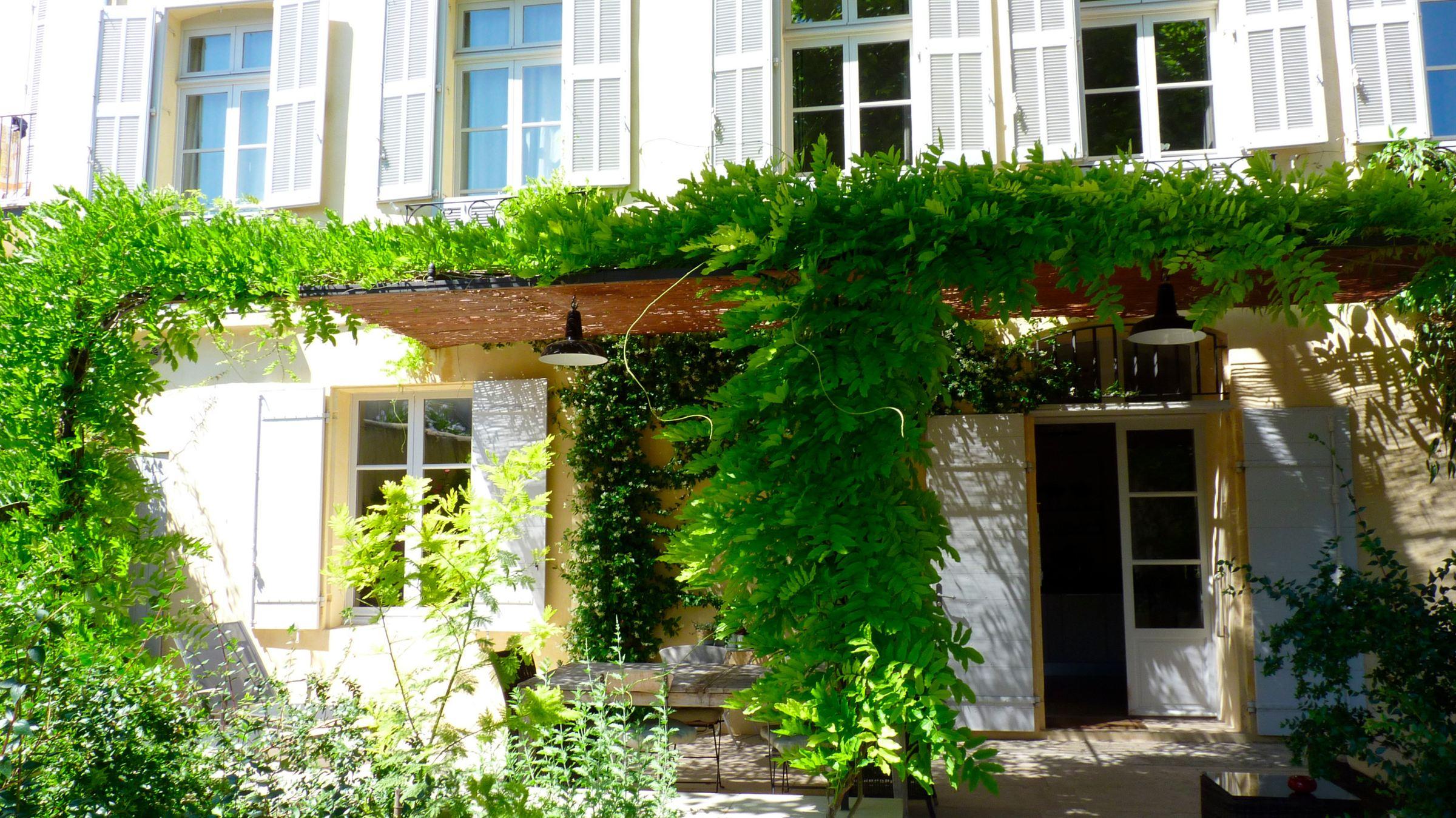 sales property at Magnifique duplex rénové dans Hôtel Particulier XVIIIéme