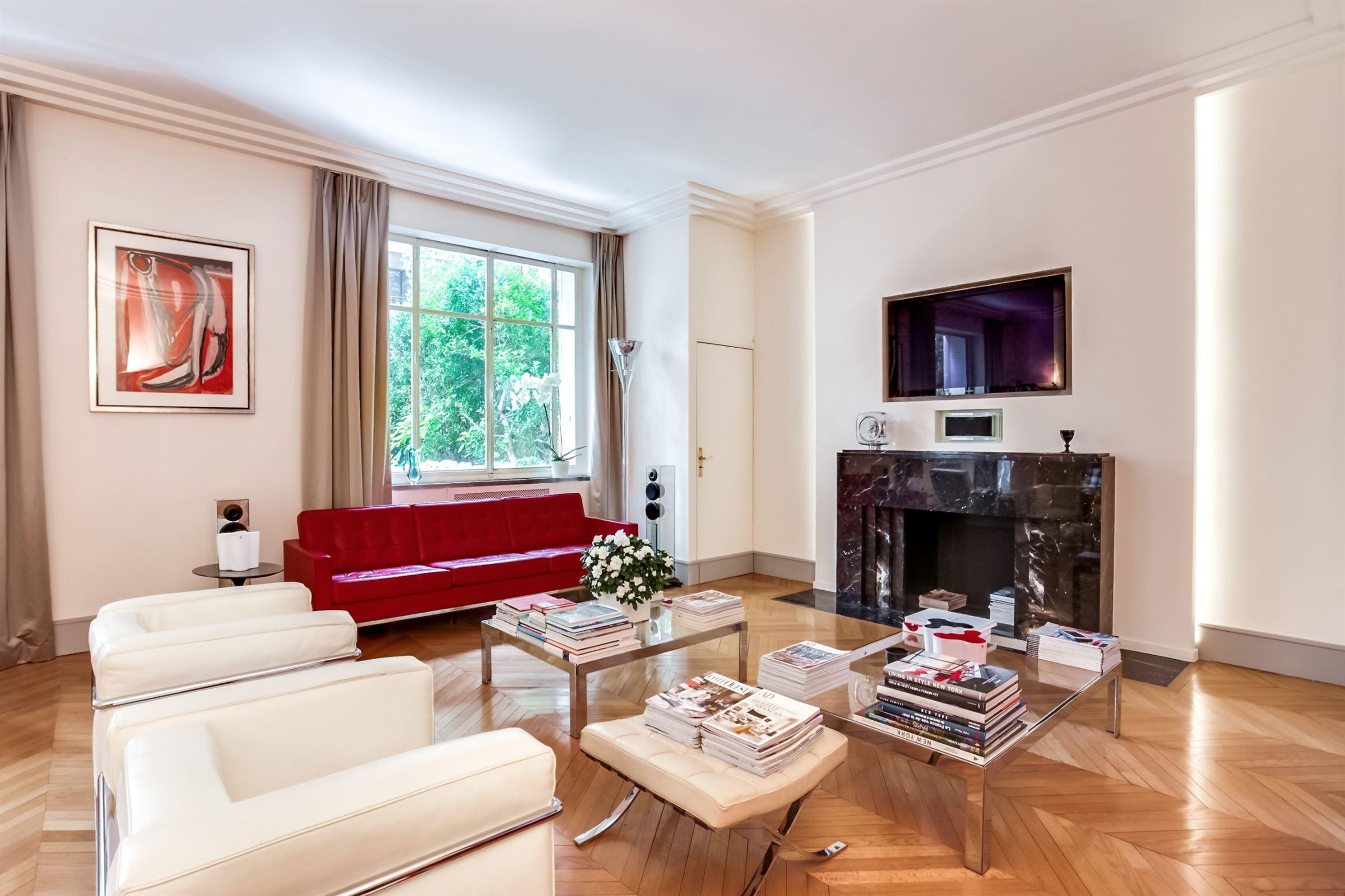 アパート のために 売買 アット Paris 16 - Porte de la Muette. Apartment of 165 sq.m.. Perfect condition Paris, パリ 75016 フランス