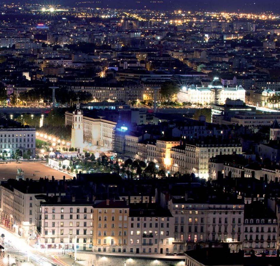 Квартира для того Продажа на LYON 2 EME -PLACE BELLECOUR- PROGRAMME NEUF Lyon, Рона-Альпы, 69002 Франция
