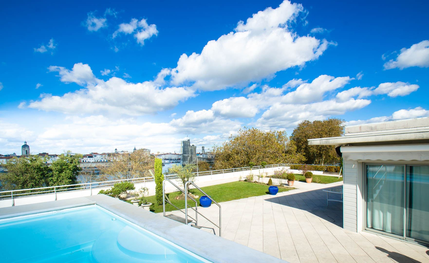 sales property at Penthouse with roof top terrace and swimming pool