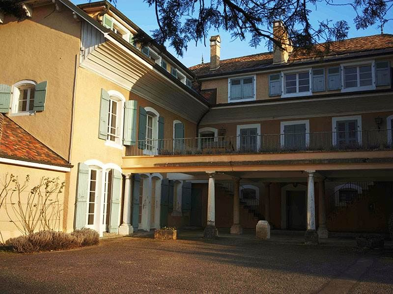 Apartment for Sale at 10 mn to Geneva, 4 rooms flat on 2 levels Gaillard, Rhone-Alpes, 74240 France
