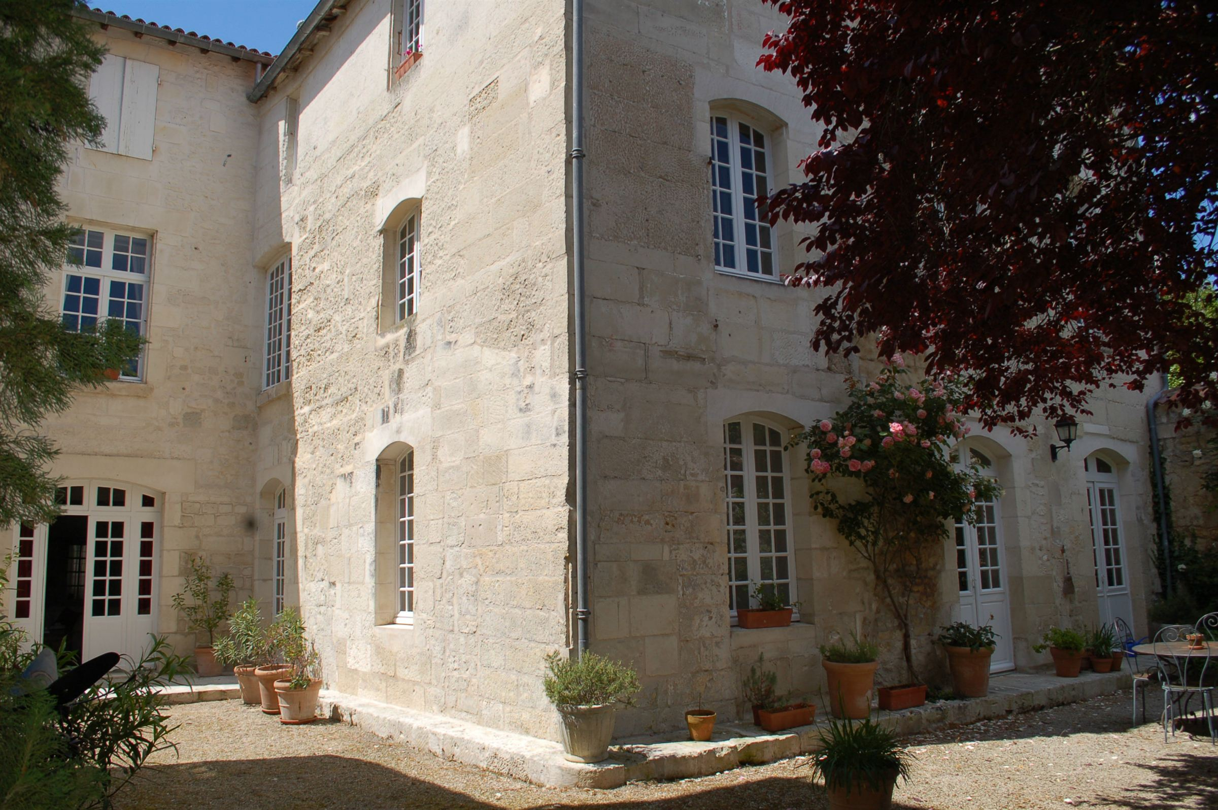 sales property at Mansion Town House - Center of Saintes