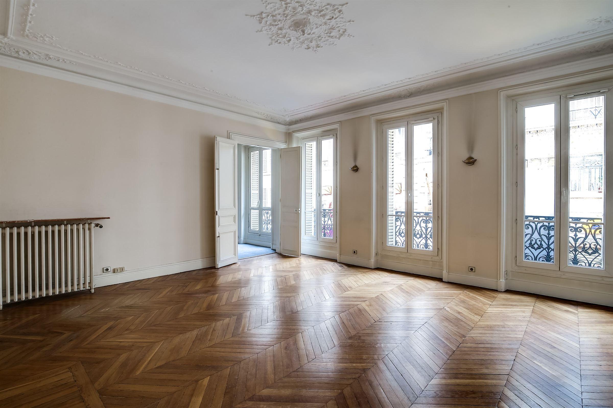 sales property at A 7-room Apartment for sale, Paris 8 - Champs-Elysées, 4 bedrooms