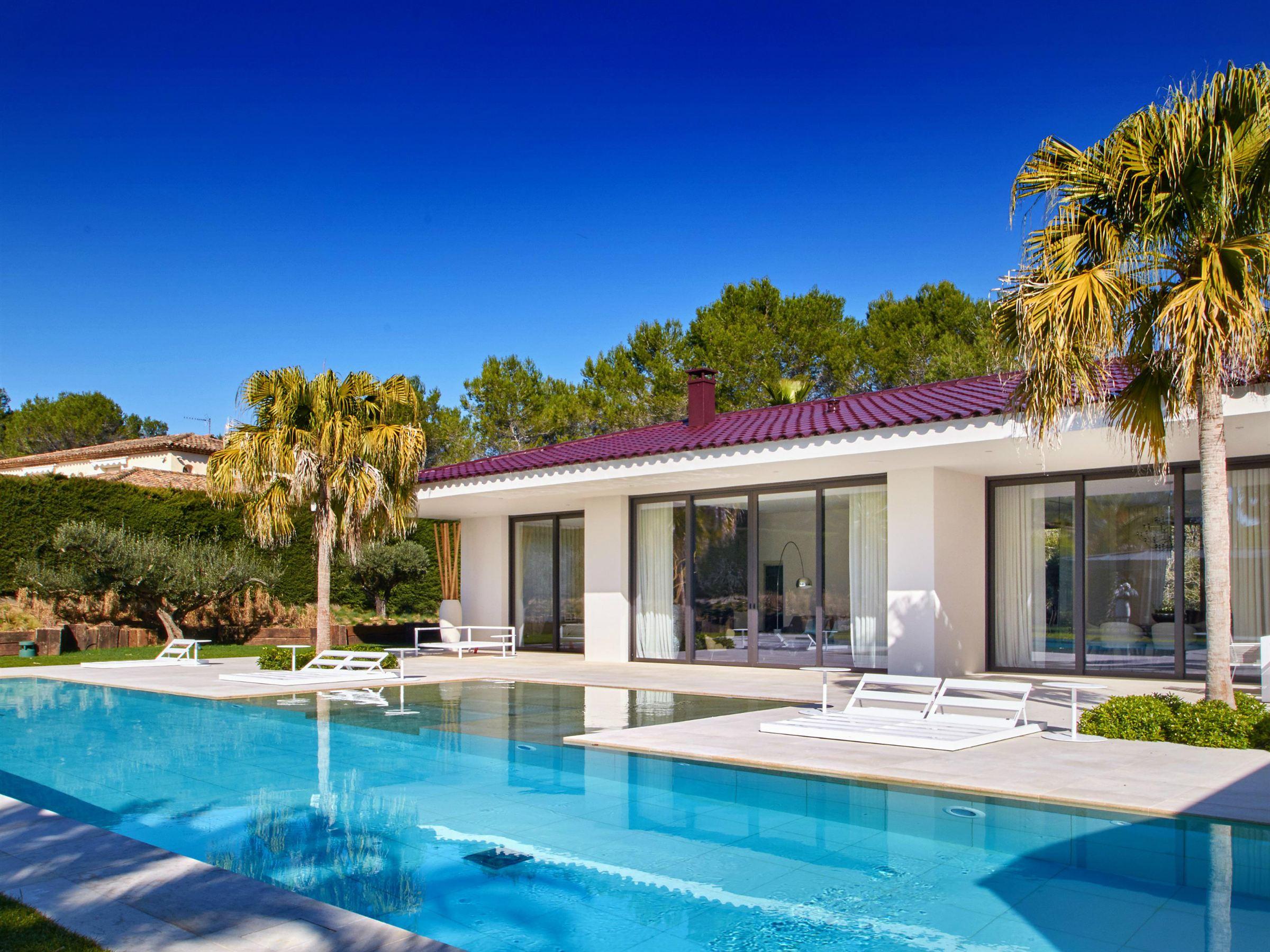 단독 가정 주택 용 매매 에 Mougins - Contemporary house for sale in a gated domain Mougins, 프로벤스 앞ㄹ프스 코테 D'Azur 06250 프랑스