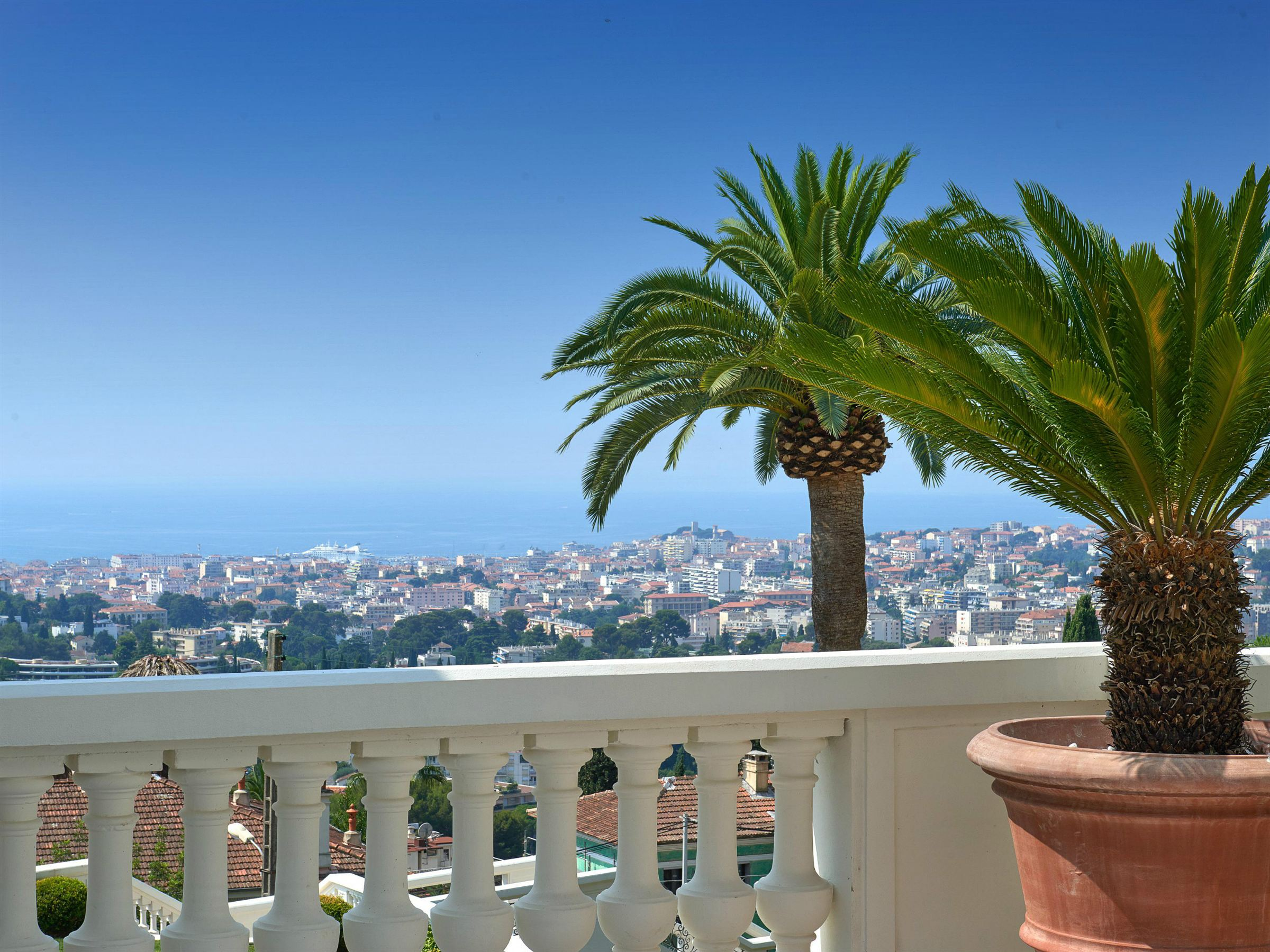 Property For Sale at Exceptional mansion in the heights of Cannes