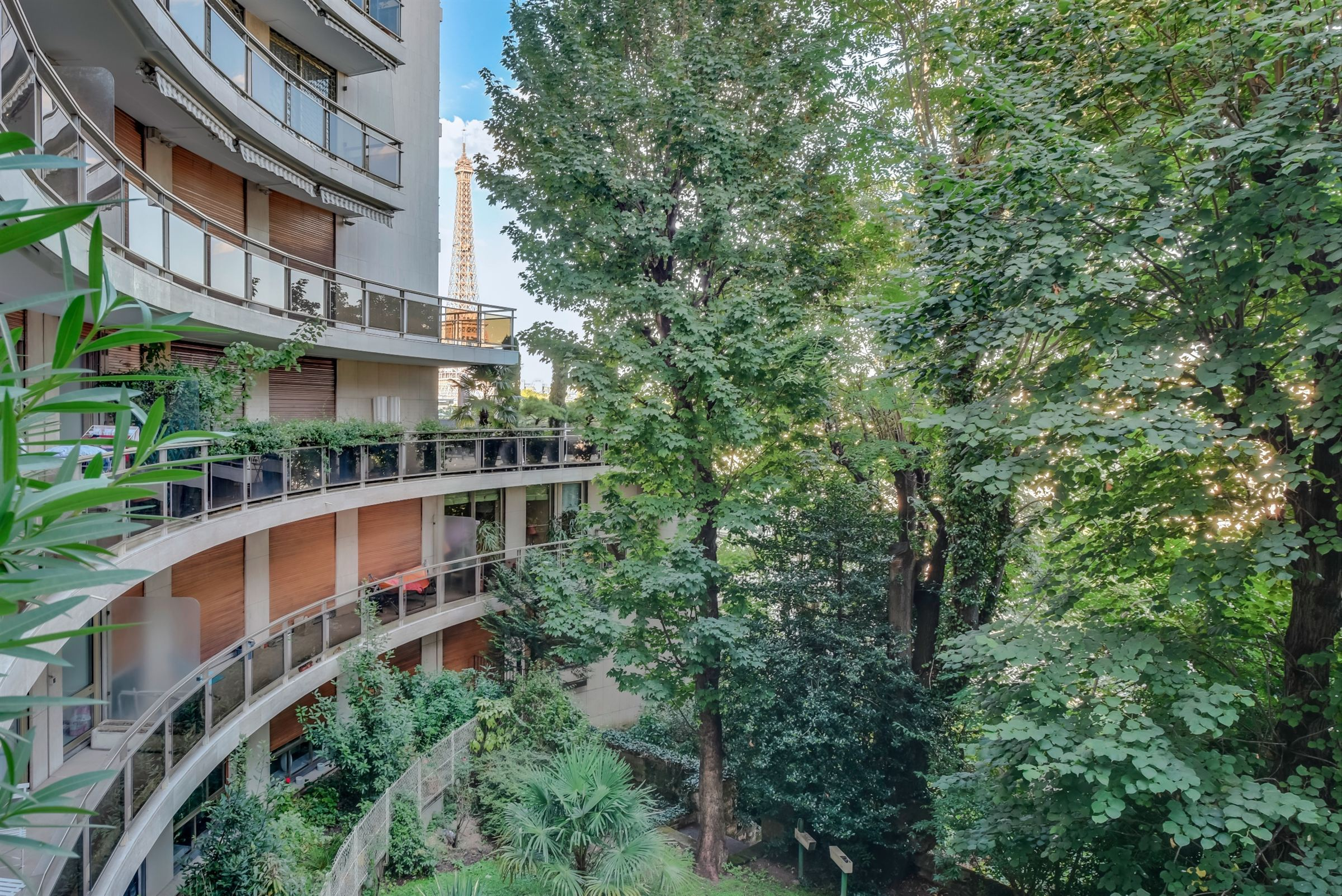 sales property at Apartment in perfect condition for sale in Paris 16 th - Passsy