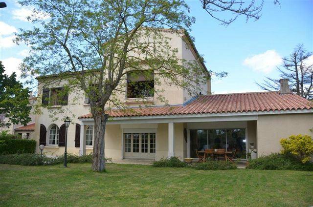 Single Family Home for Sale at Jolie maison de ville sur 1500 m² jardin Other Languedoc-Roussillon, Languedoc-Roussillon 11150 France