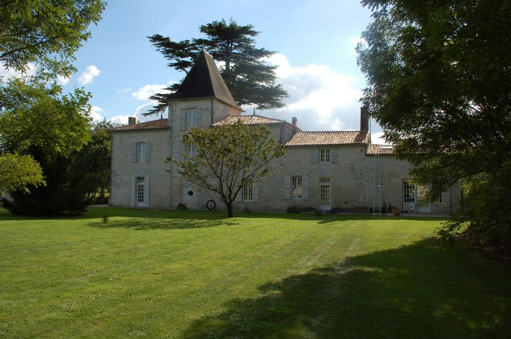 Property For Sale at Near SAINTES