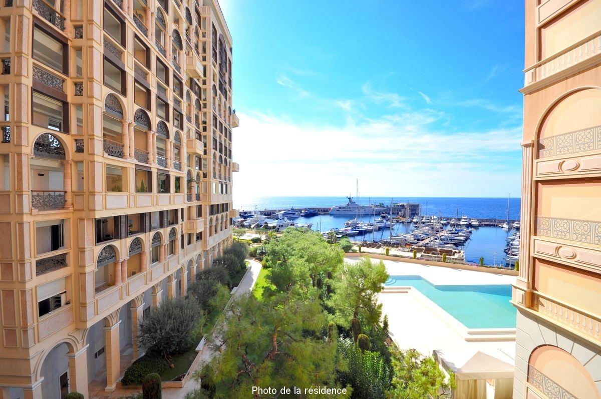 Квартира для того Продажа на Prestigious family apartment, sea views. Other Monaco, Other Areas In Monaco, 98000 Монако