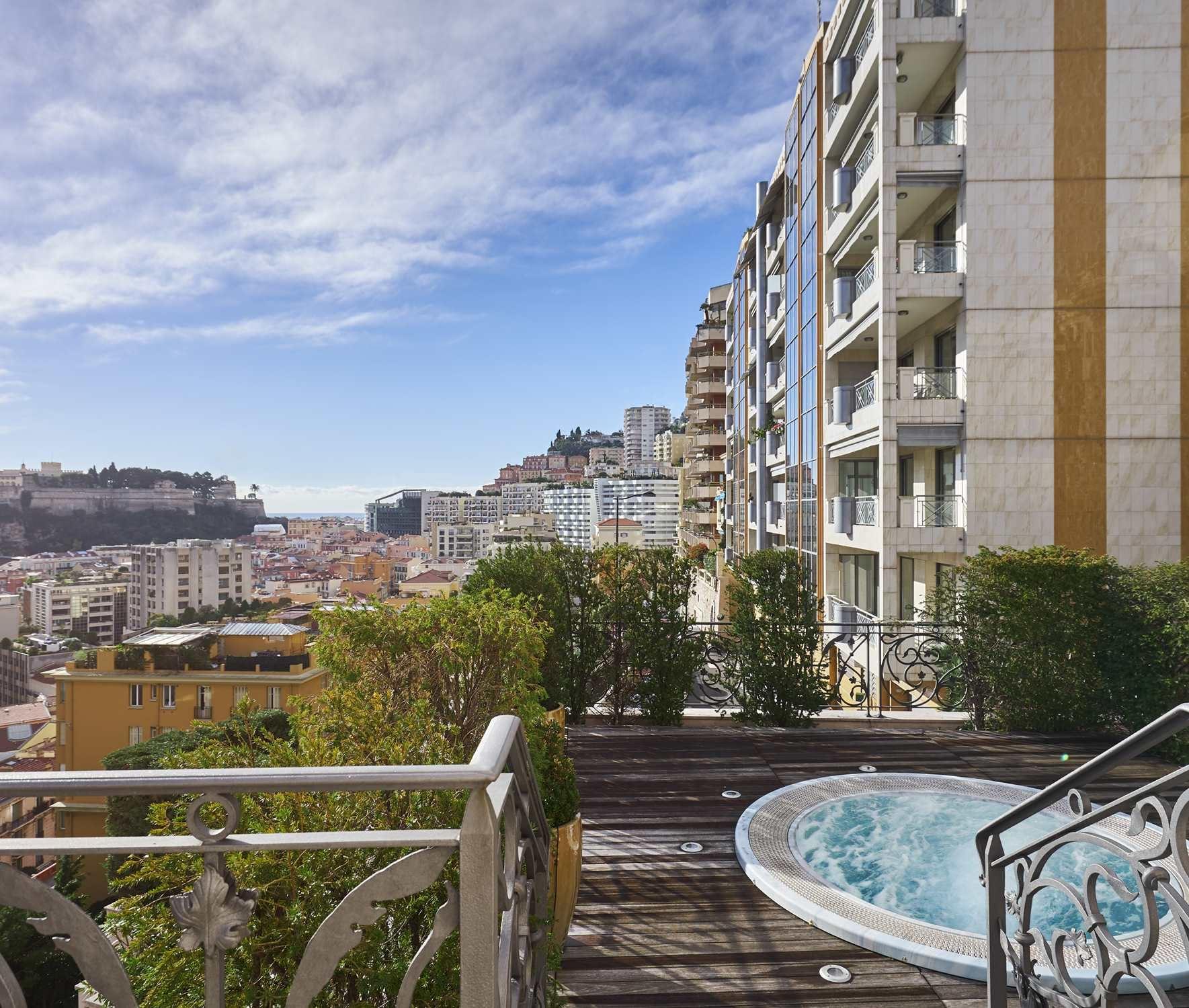 Additional photo for property listing at Exceptional Villa overlooking the Port.  Monaco, La Condamine 98000 Monaco