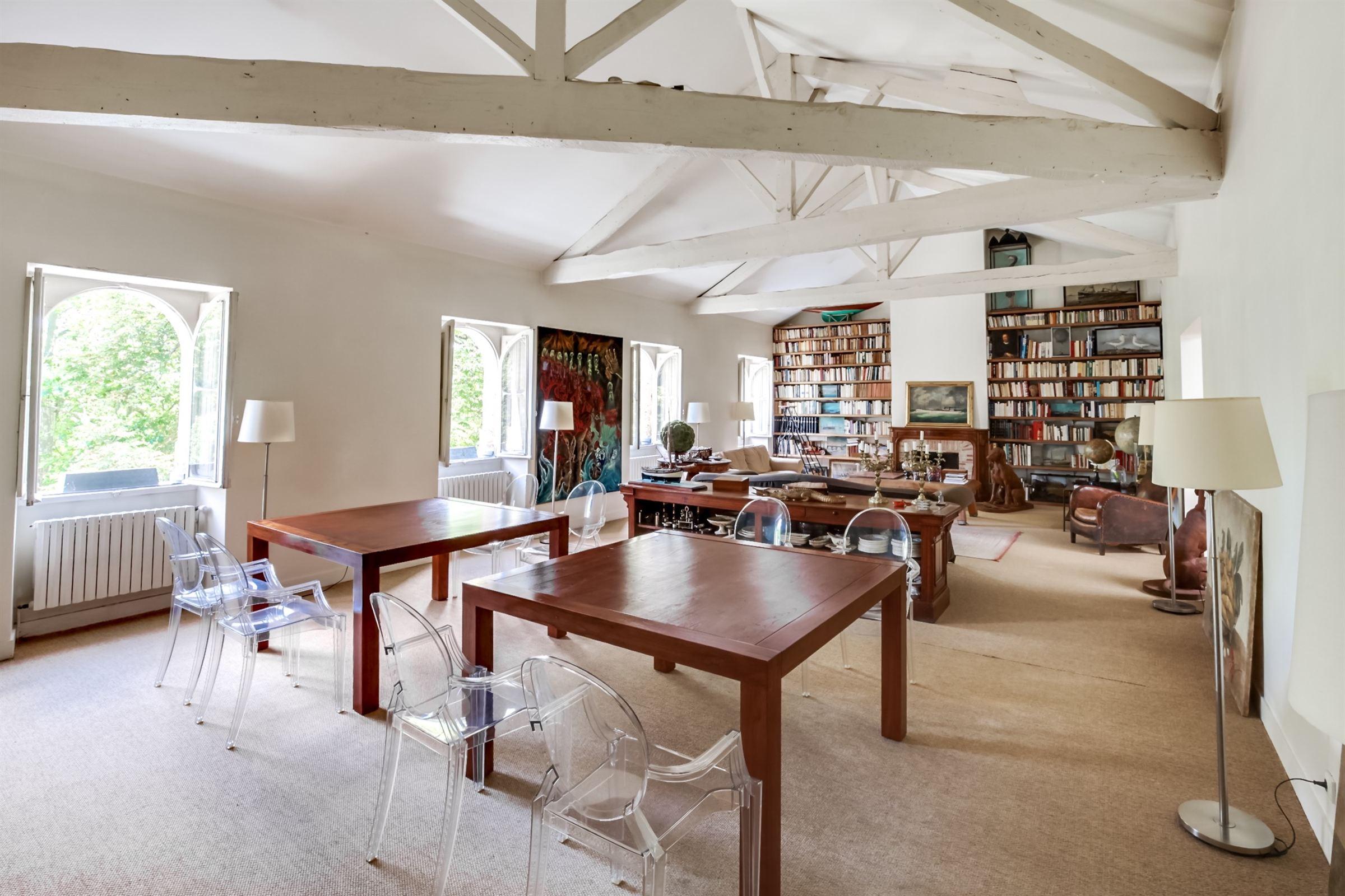 アパート のために 売買 アット BORDEAUX PUBLIC GARDEN - ONE OF KIND APARTMENT - GARAGES - ELEVATOR Bordeaux, アキテーヌ, 33000 フランス