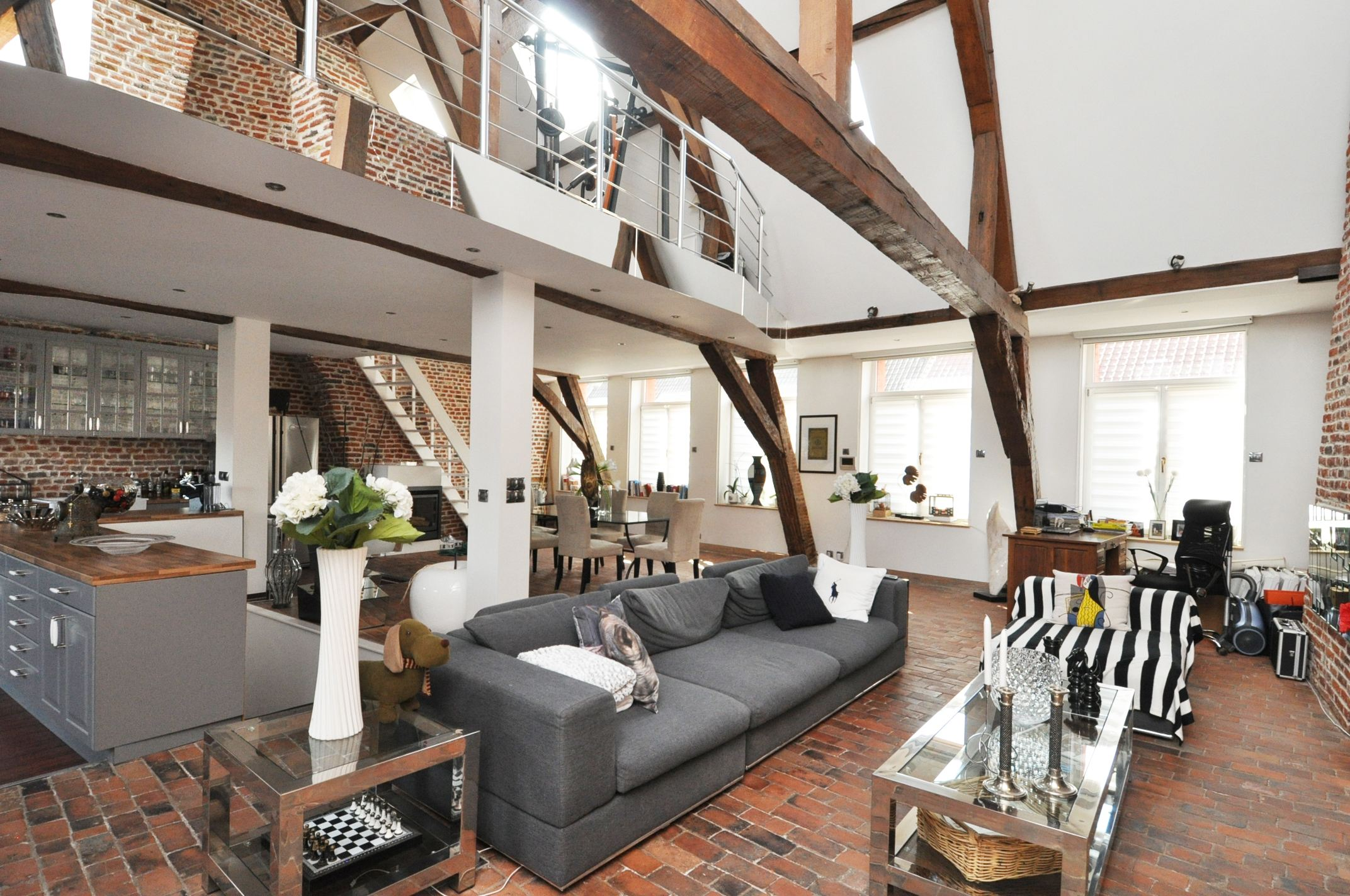 rentals property at DOUAI CITY CENTRE, 135sqm high-standard loft with 1 bedroom.