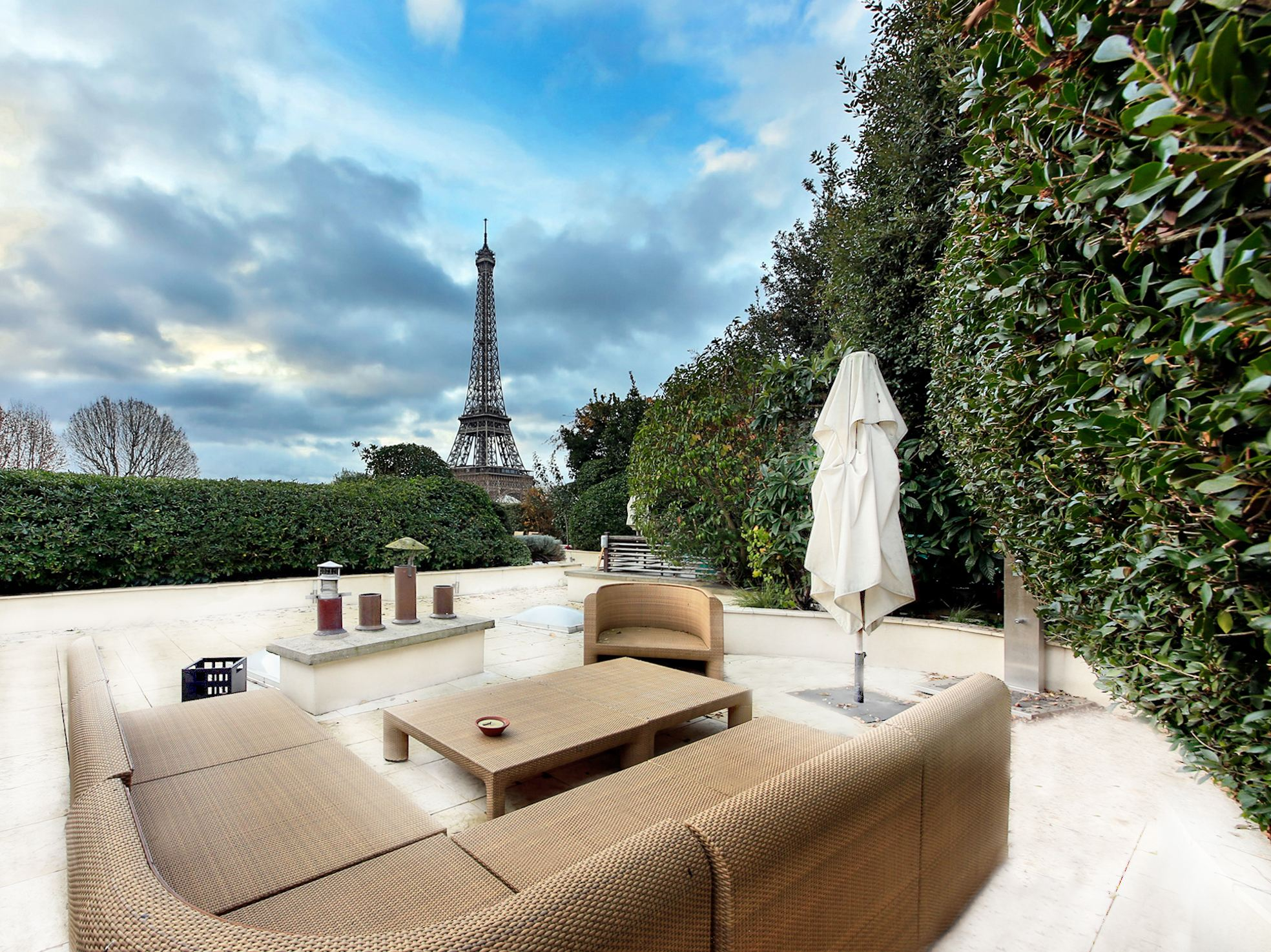 Property For Sale at Paris16 - Palais de Tokyo. All-round view of Paris