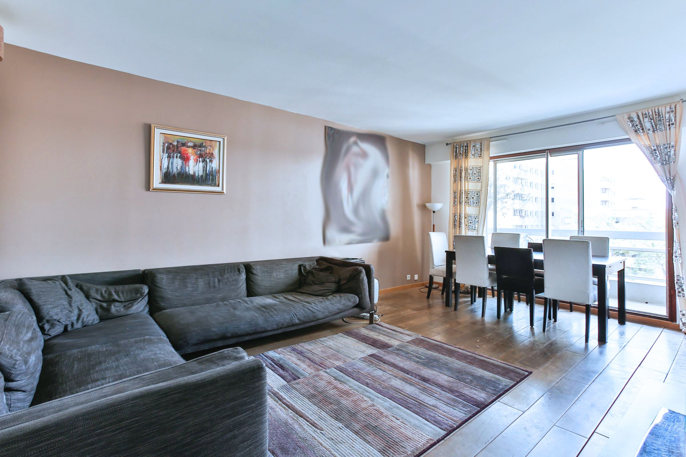 Apartamento para Venda às Paris 11 - Oberkampf. A 3 rooms apartment, open view, volume Paris, Paris 75011 França