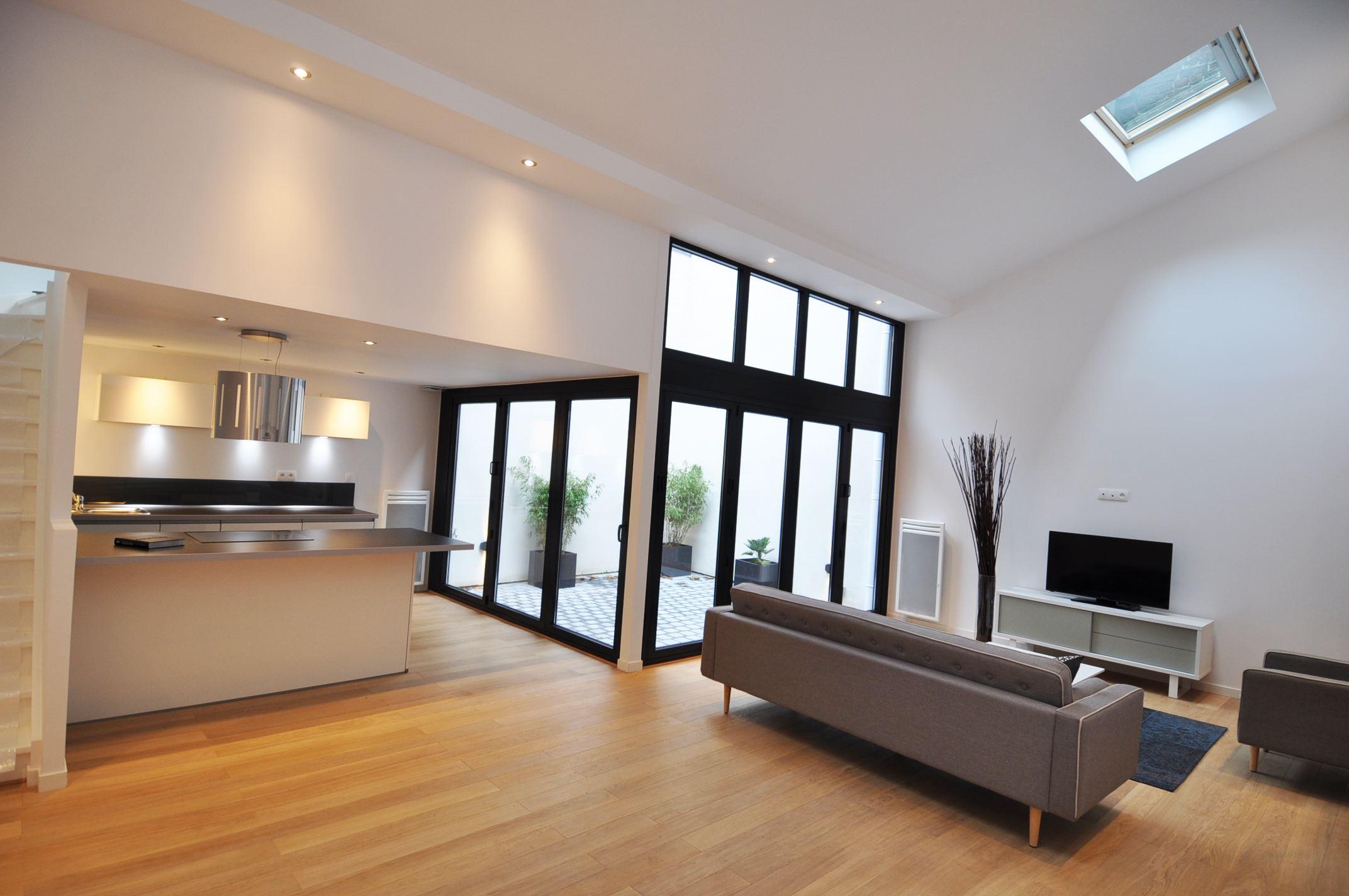 Property For Sale at LILLE, Porte de Paris, Wonderful apartment of 85 m² hab. 2 Ch.