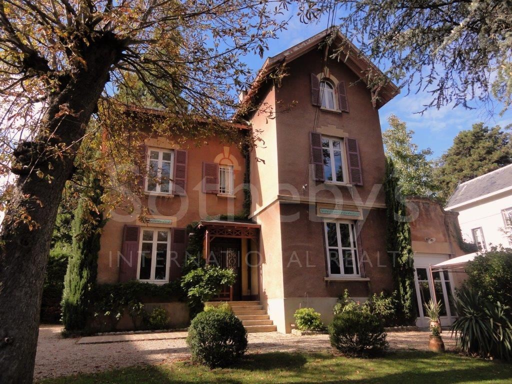 sales property at ECULLY-MAISON FAMILIALE 1900