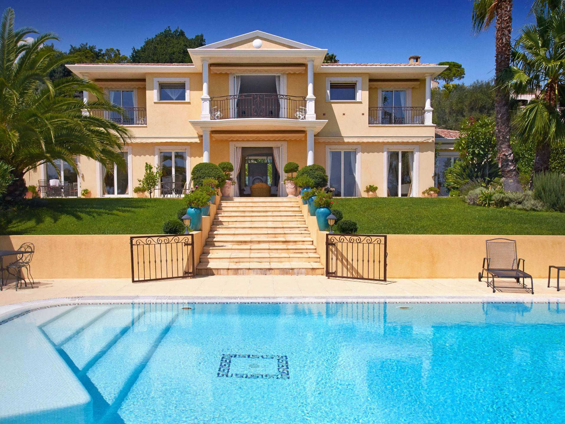 Single Family Home for Sale at Villa Mougins, Provence-Alpes-Cote D'Azur, 06250 France
