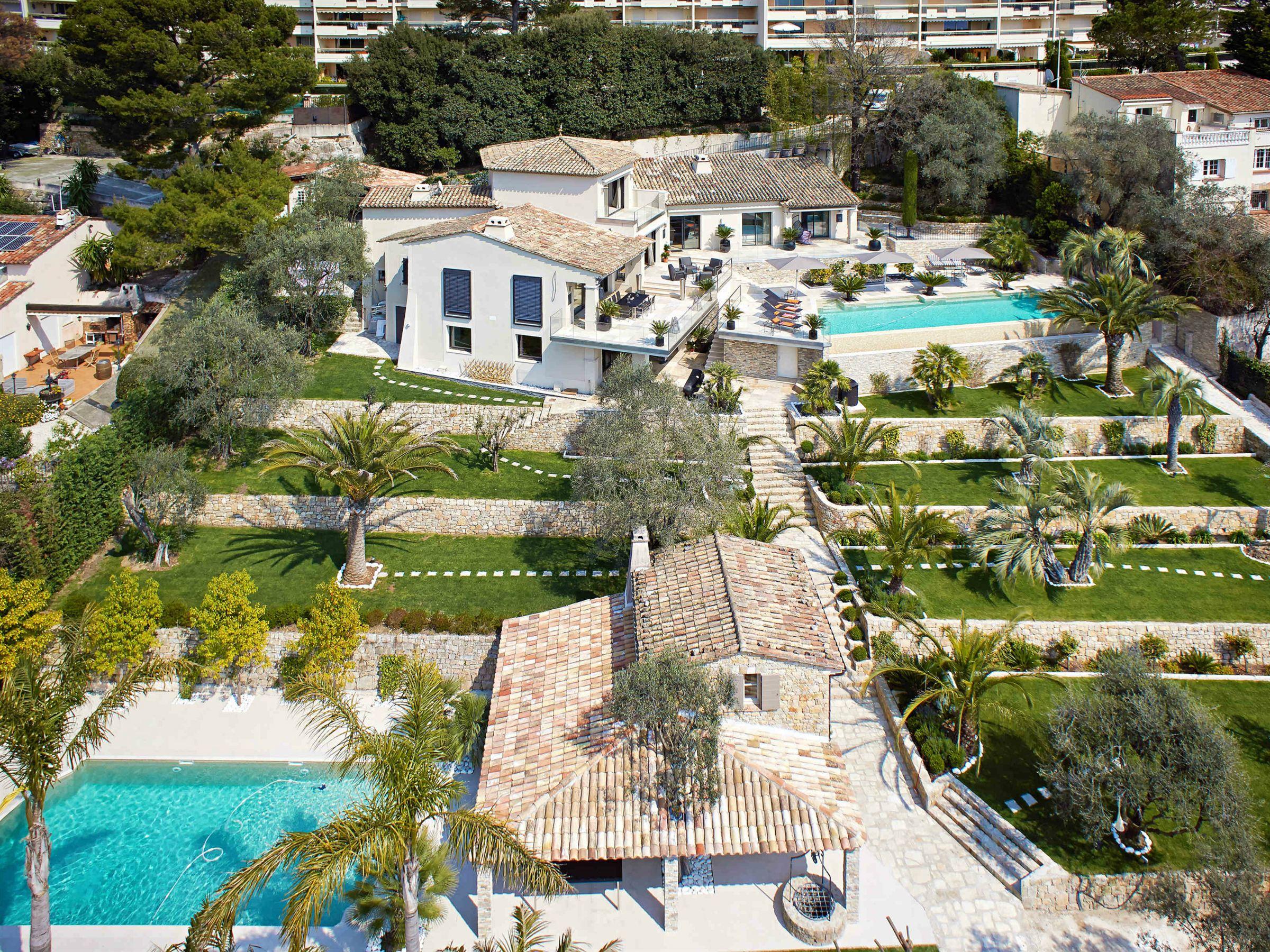 一戸建て のために 売買 アット Luxury renovated estate in the heights of Cannes Le Cannet, プロバンス=アルプ=コート・ダジュール 06110 フランス
