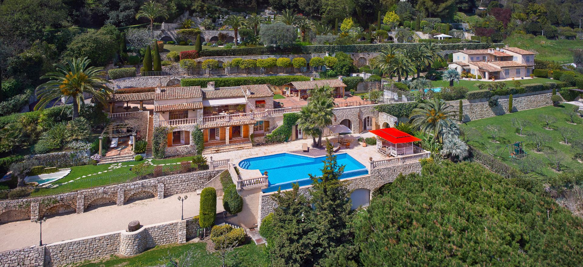 Single Family Home for Sale at Charming and authentic provencal estate in La Colle sur Loup - Sole agent La Colle Sur Loup, Provence-Alpes-Cote D'Azur, 06480 France