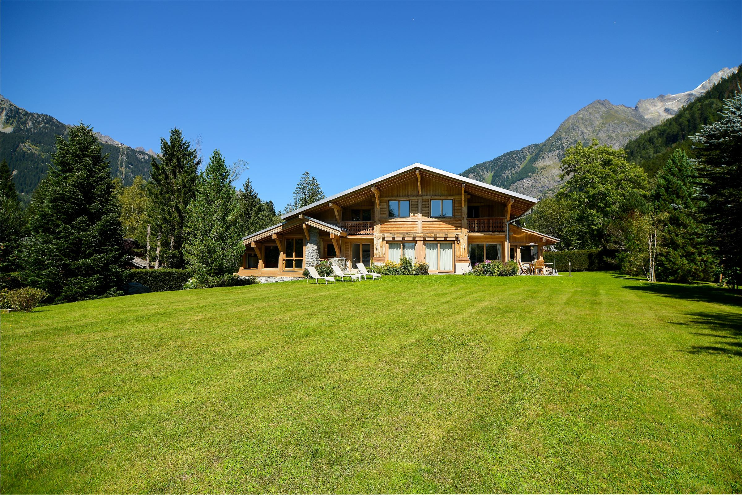sales property at Chalet with indoor swiming pool, close to the centre - Chamonix Mont-Blanc