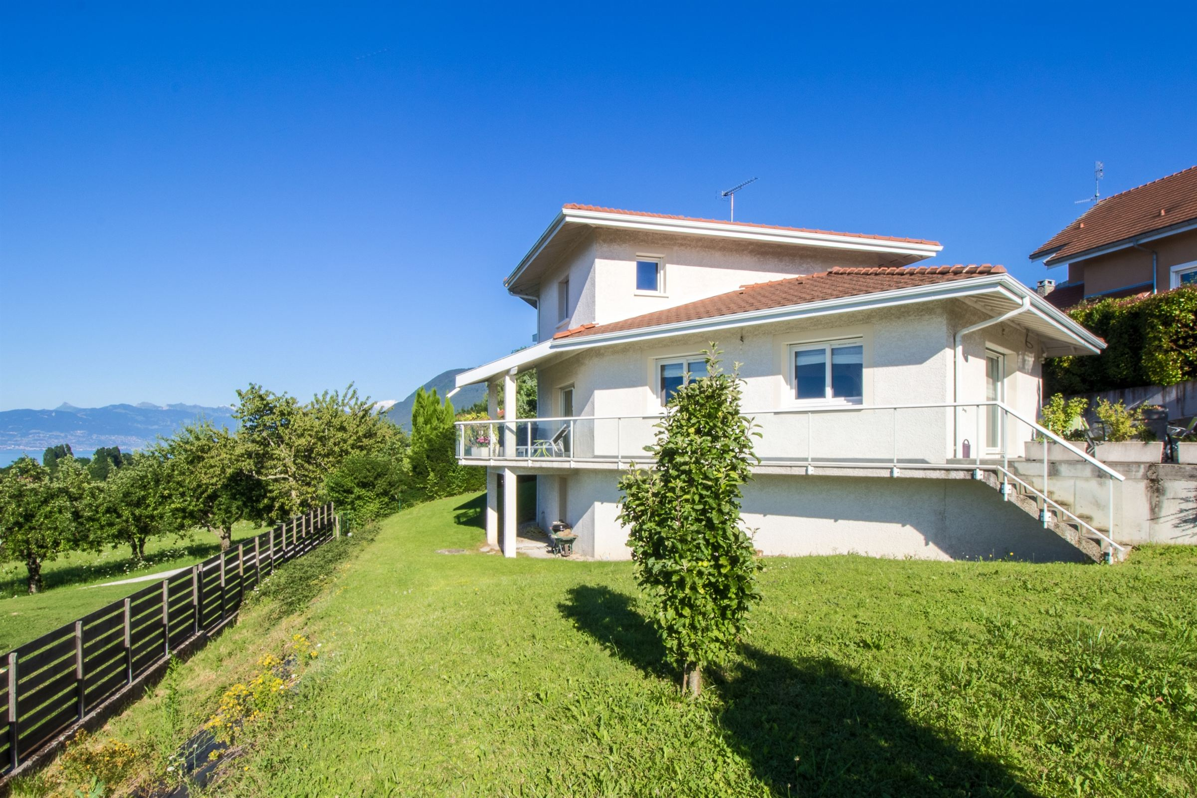 Single Family Home for Sale at VUE LAC PANORAMIQUE Lugrin, Rhone-Alpes, 74500 France
