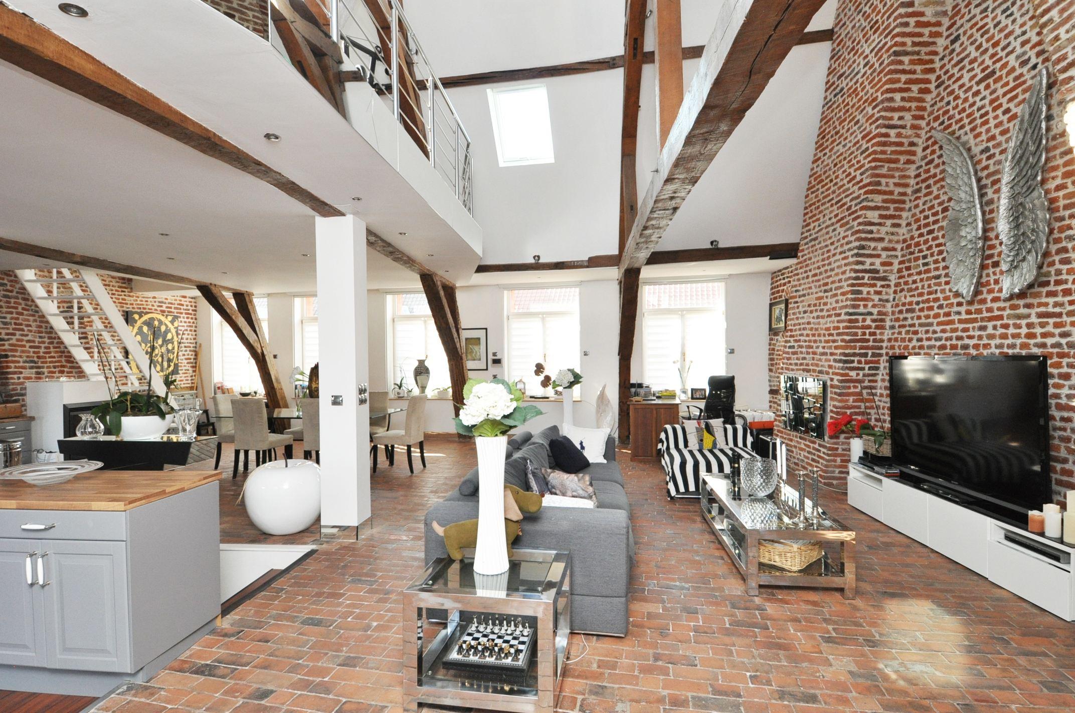 rentals property at DOUAI CITY CENTRE, 135sqm high-standard loft with 1 bedroom.