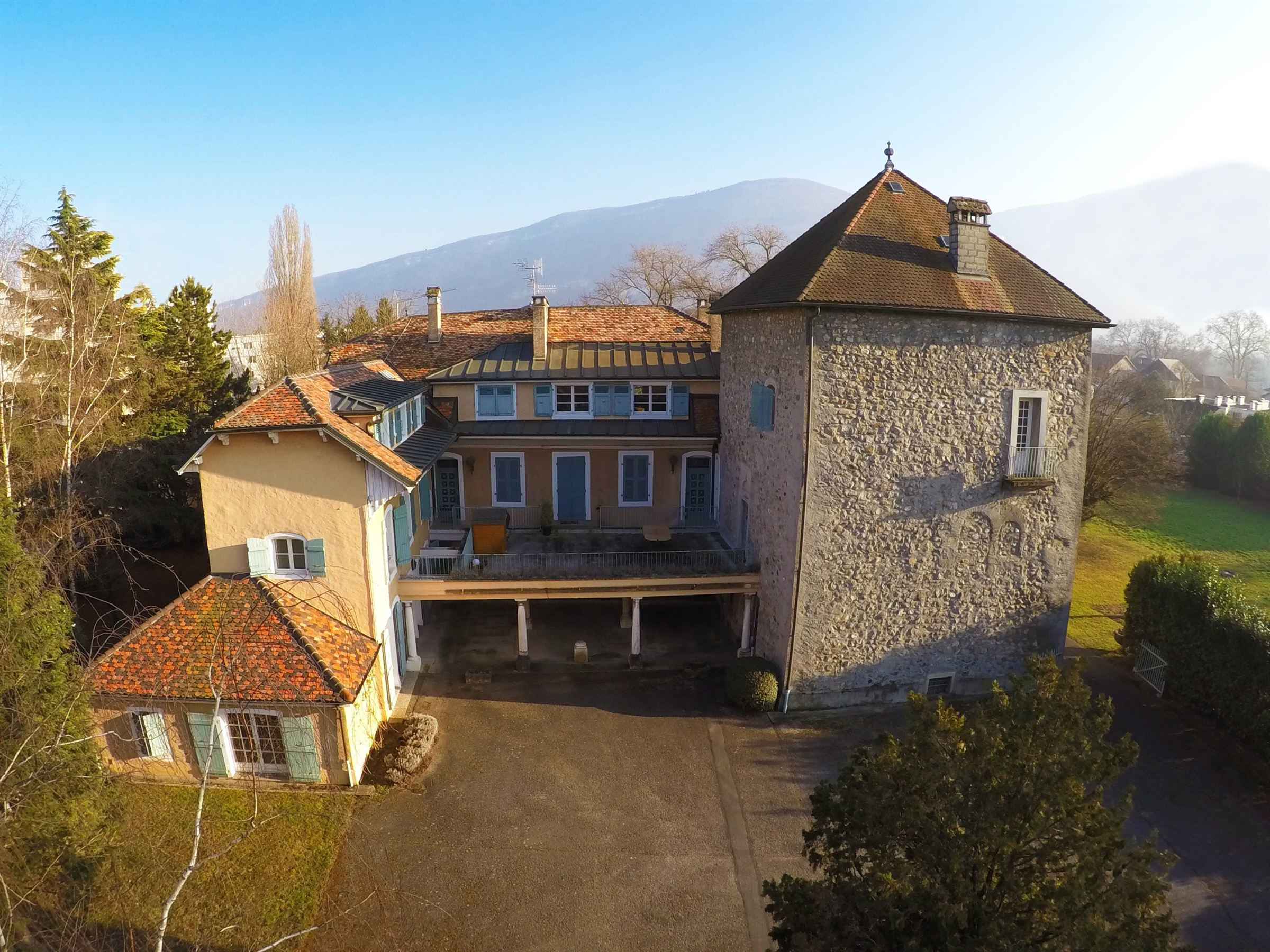 Apartment for Sale at TOWER of a castle 10 mn to Geneva Gaillard, Rhone-Alpes, 74240 France