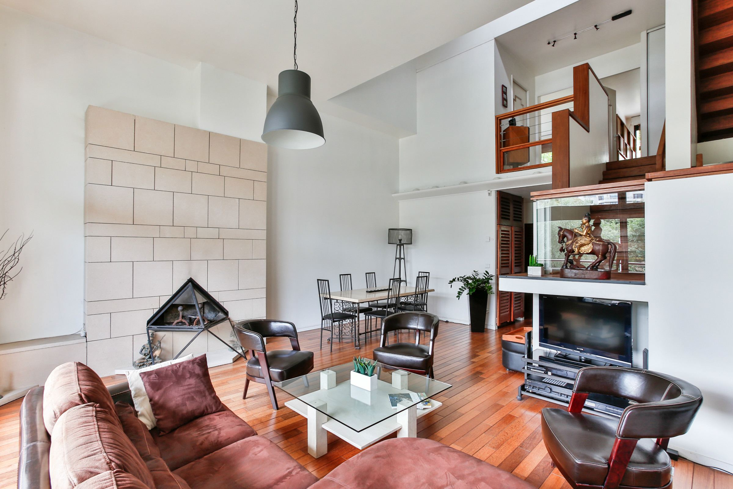Property For Sale at Neuilly. Architect's house. Open view.