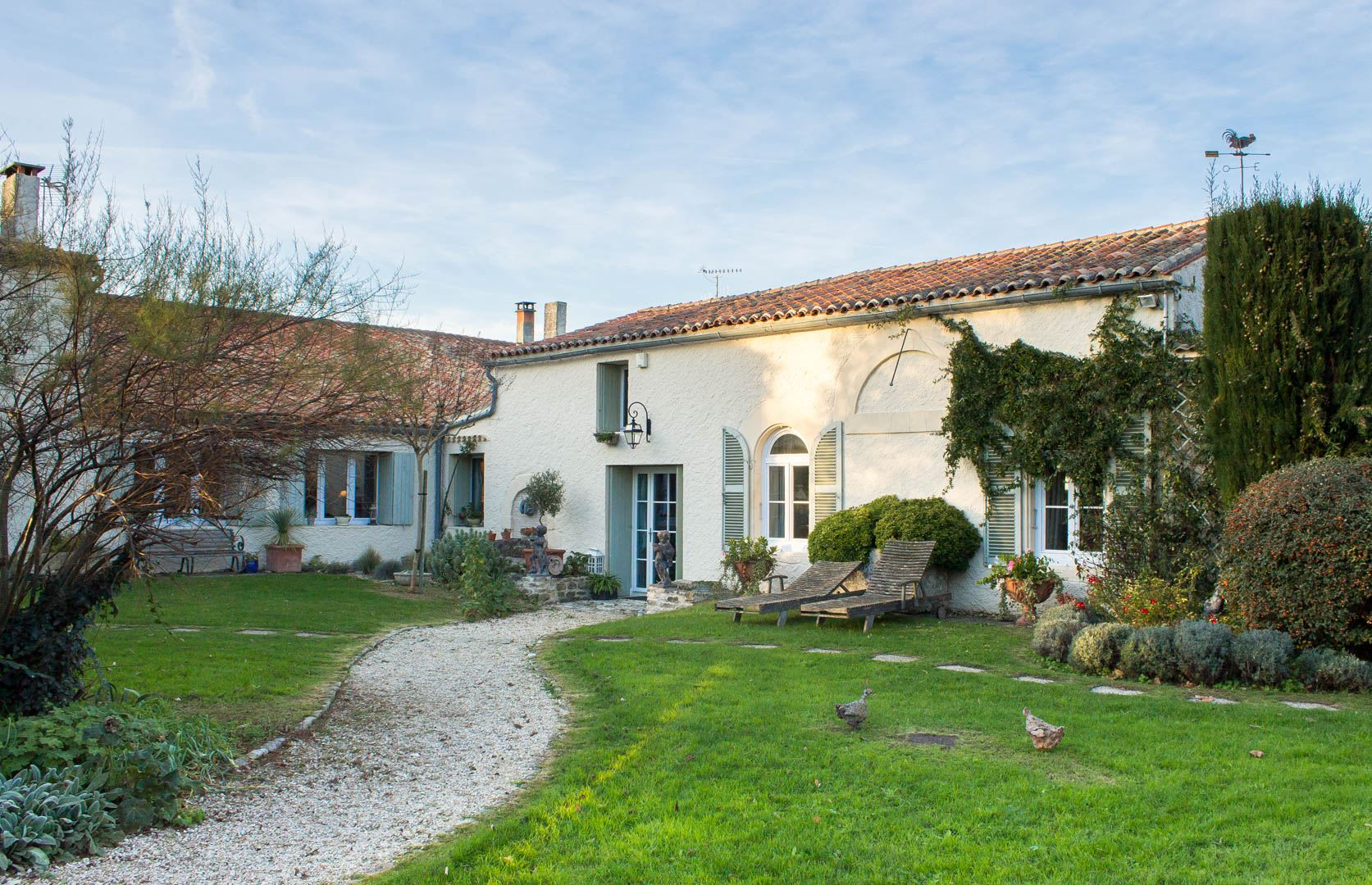 Property For Sale at Charming property with main house and 3 independant suites