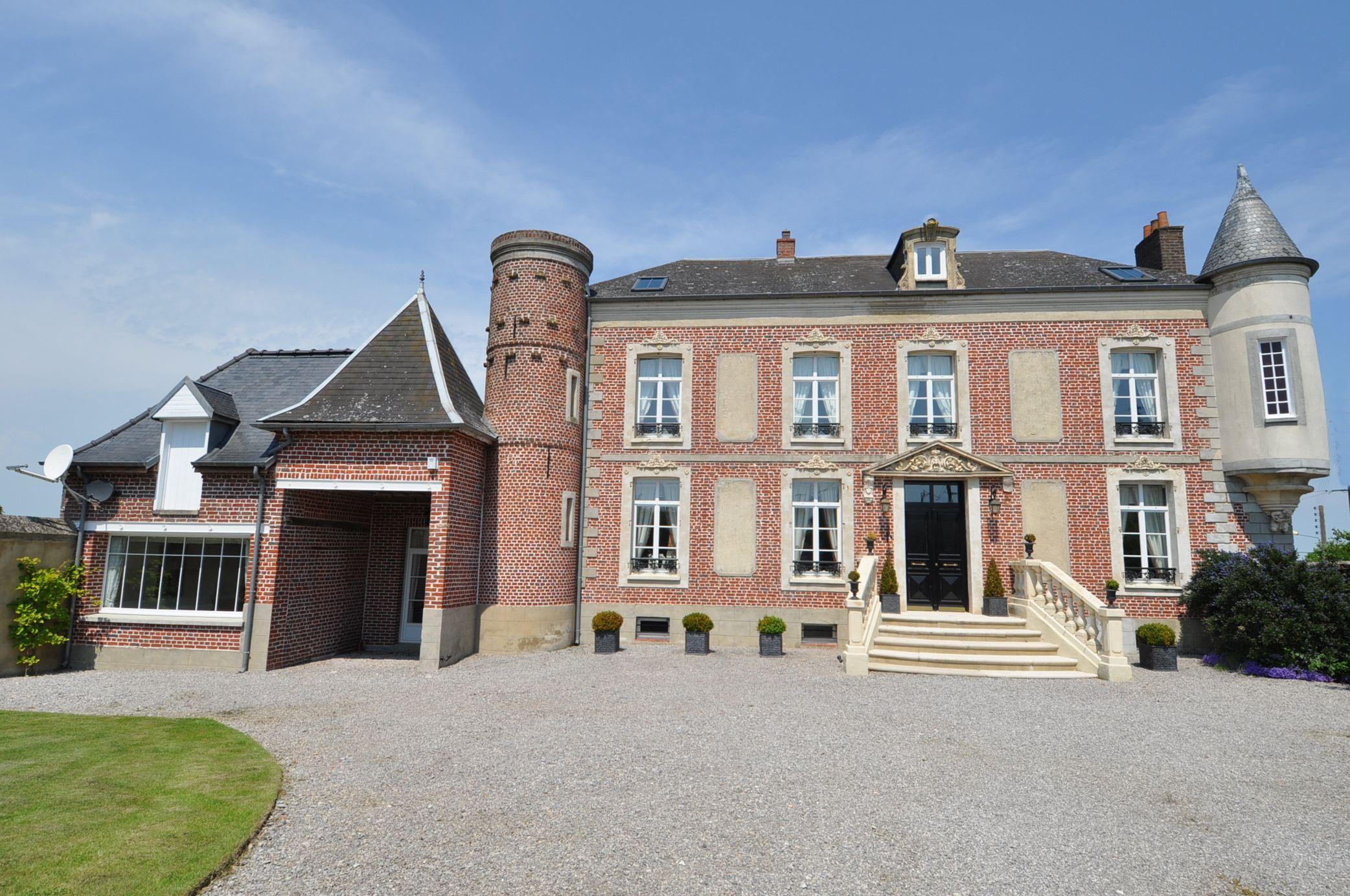 Hardelot At 40 Kms, Beautiful Xixth Manor Renovated, 565 M2, 6 Bedrooms