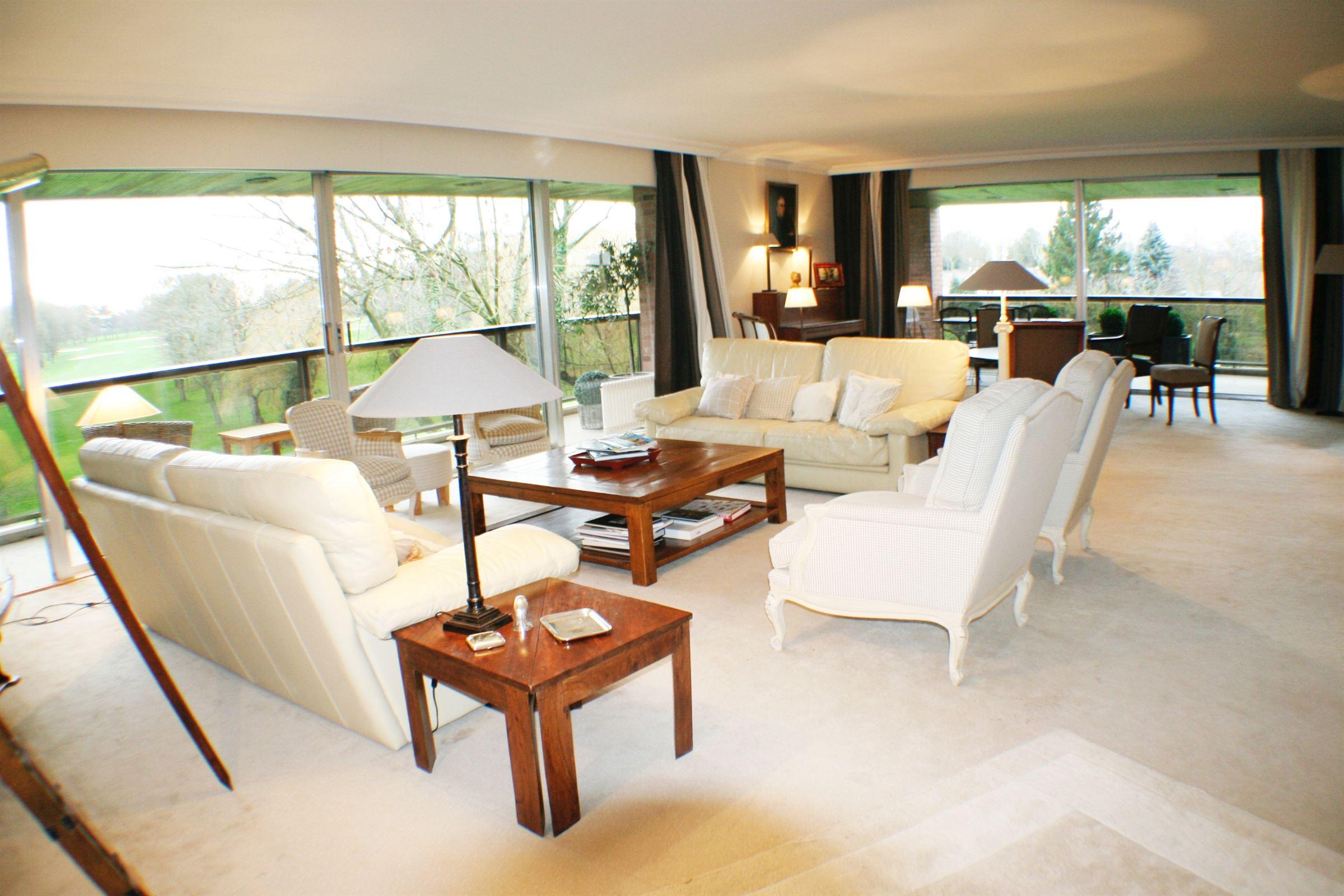 Property For Sale at WASQUEHAL, Appartement de 275 m² hab, 4 ch. dans résidence de grand standing