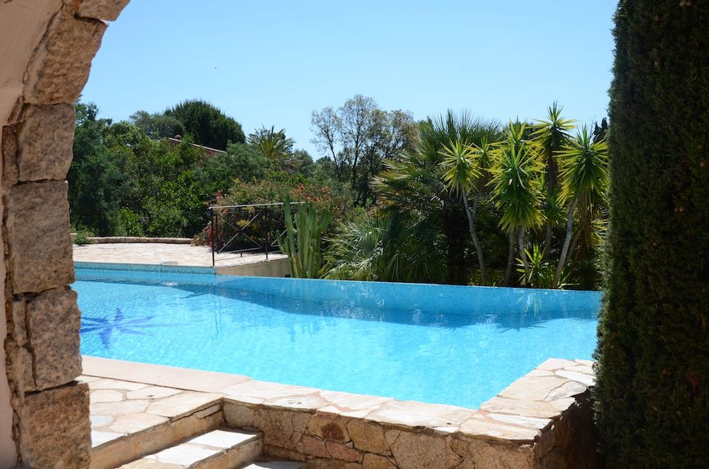 Property Of Sandy beach at 250 m