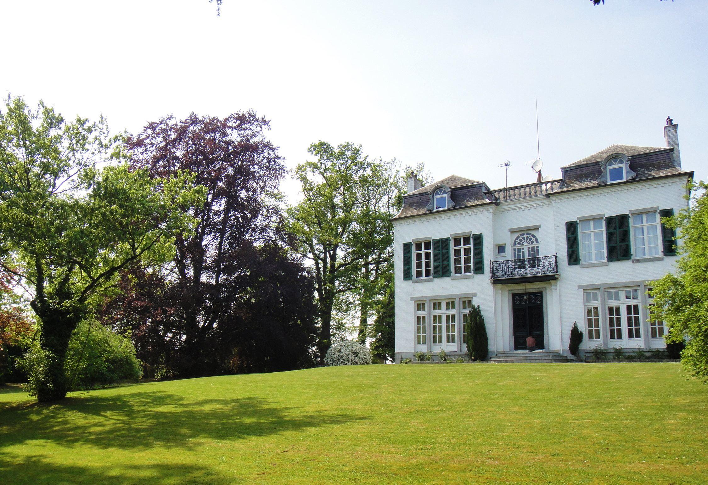 Property For Sale at SAINS DU NORD, Wonderful Property, 510 m2 hab, 10 Ch. 1,5Ha