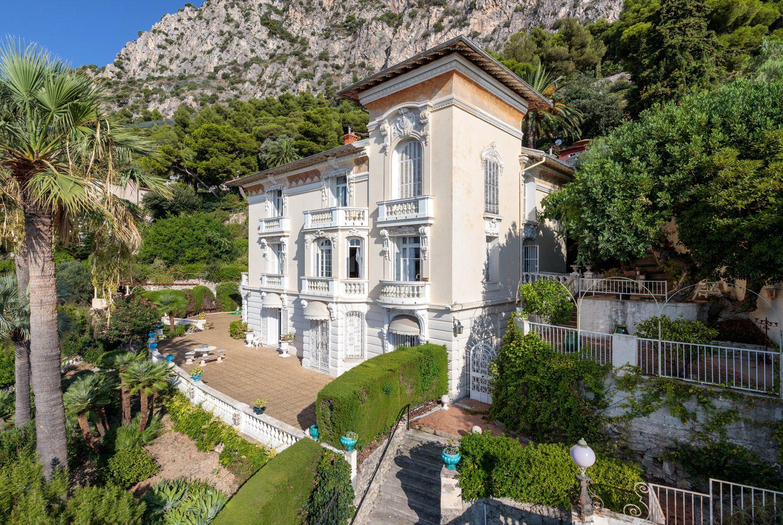 """Single Family Homes por un Venta en Majestic """"Belle Epoque"""" property for sale in Beaulieu sur Mer Beaulieu Sur Mer, Provincia - Alpes - Costa Azul 06310 Francia"""