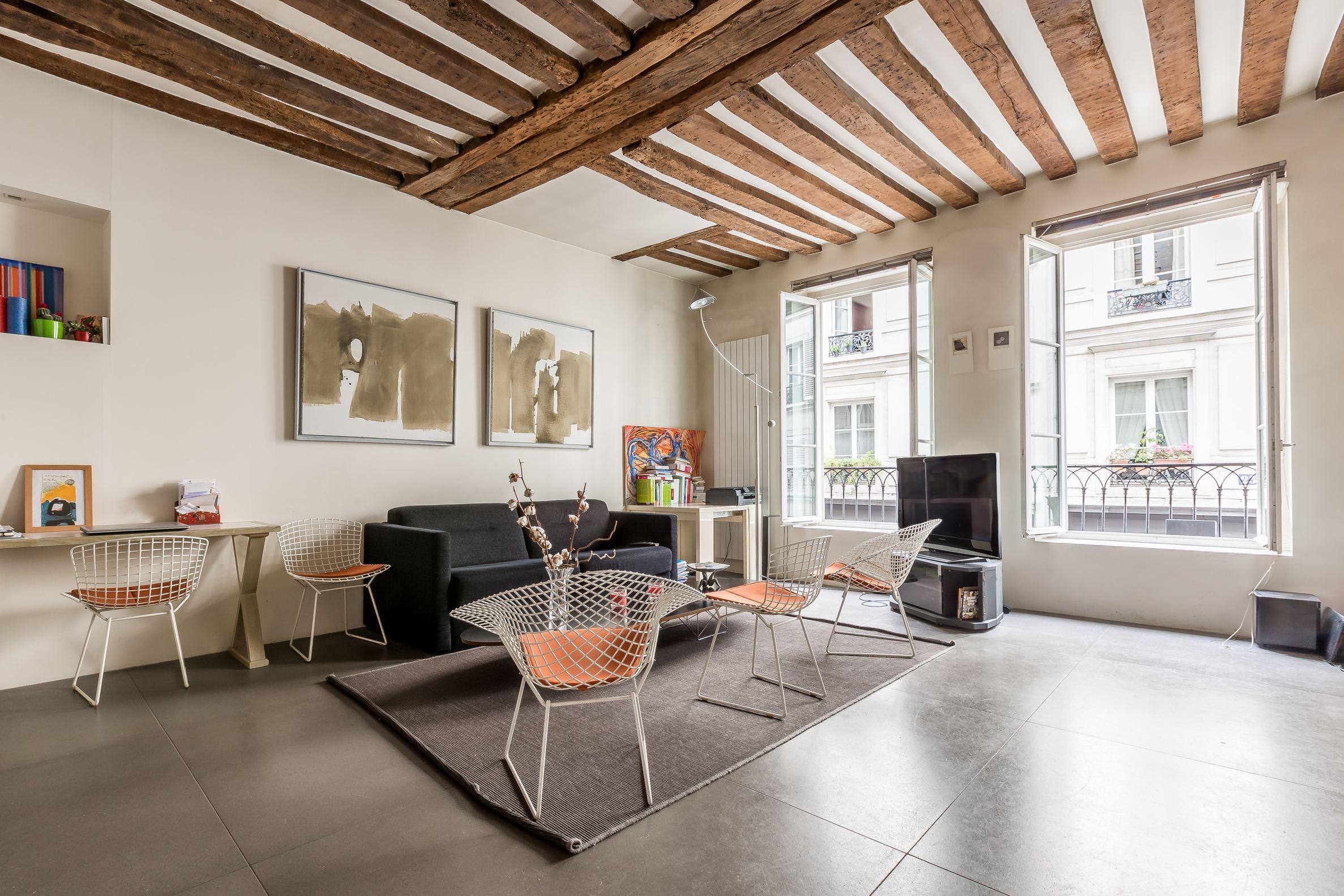 sales property at Marais / Bretagne