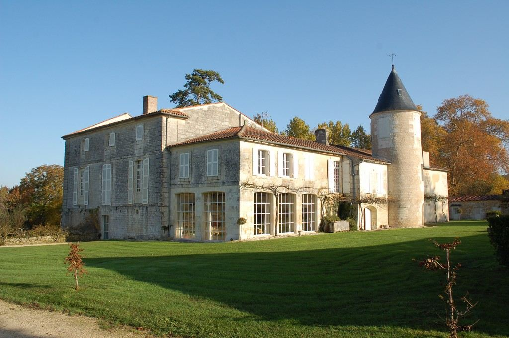 Property For Sale at Close to Saintes