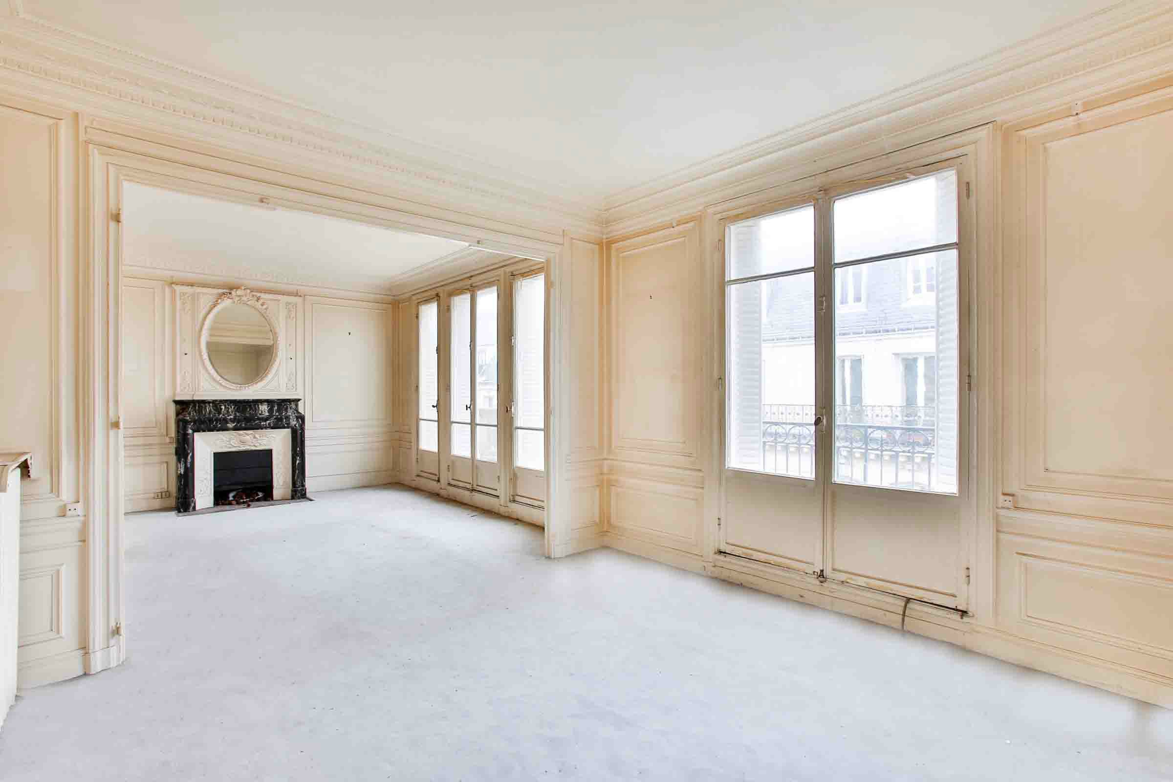 Property For Sale at Neuilly. Apartment. Pasteur school sector. Top floor.