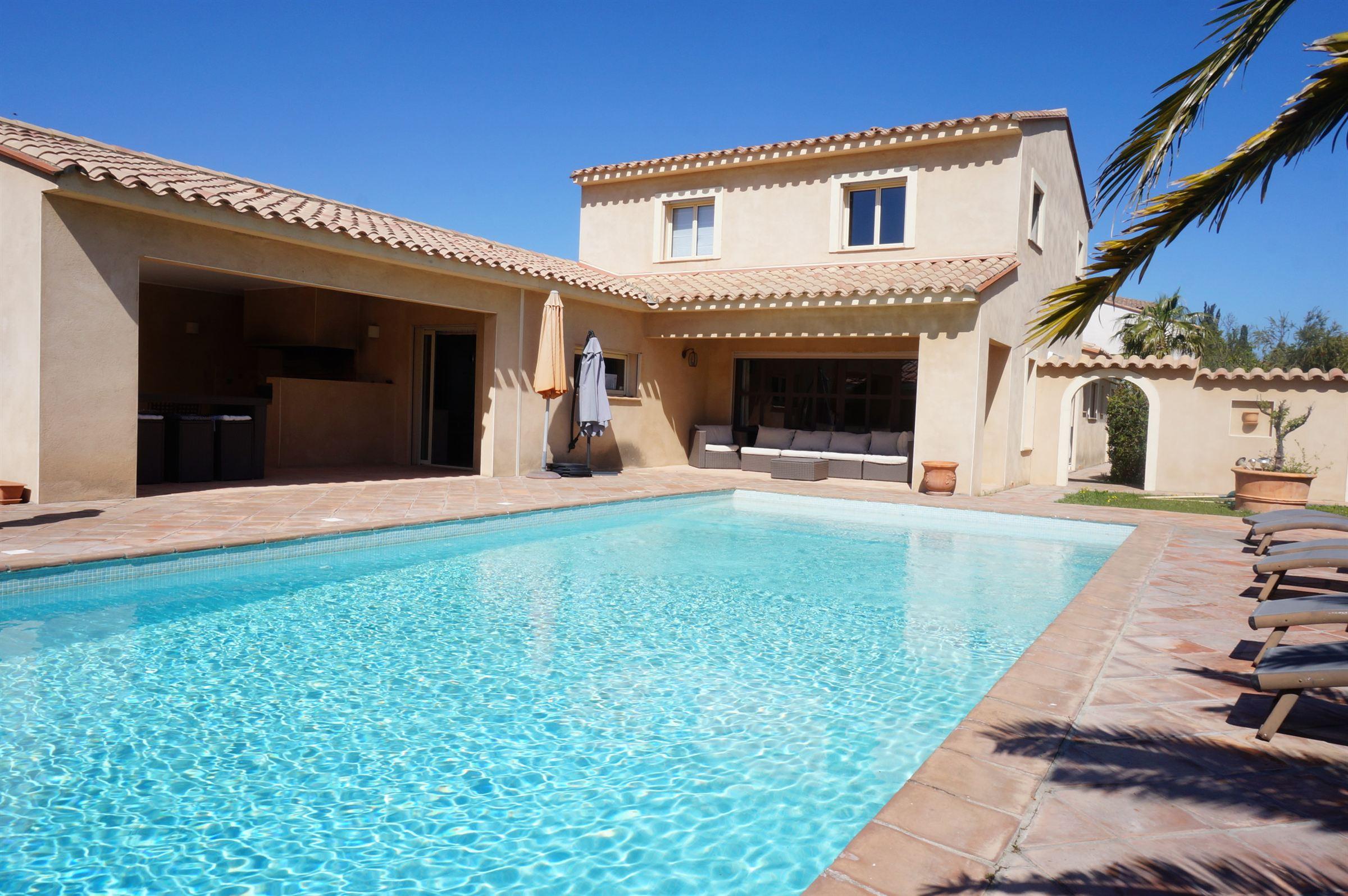 一戸建て のために 売買 アット Villa Perpignan, ラングドック=ルション, 66000 フランス