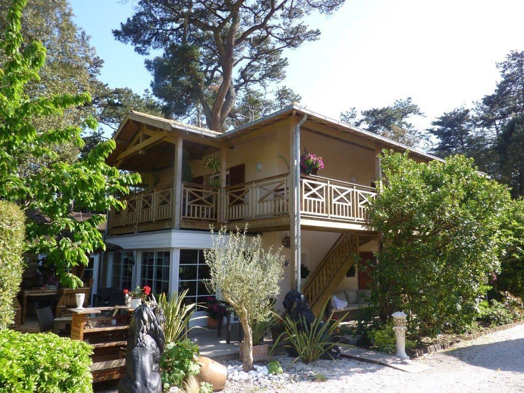 Casa Unifamiliar por un Venta en Créole Villa Pornic, Pays De La Loire, 44210 Francia