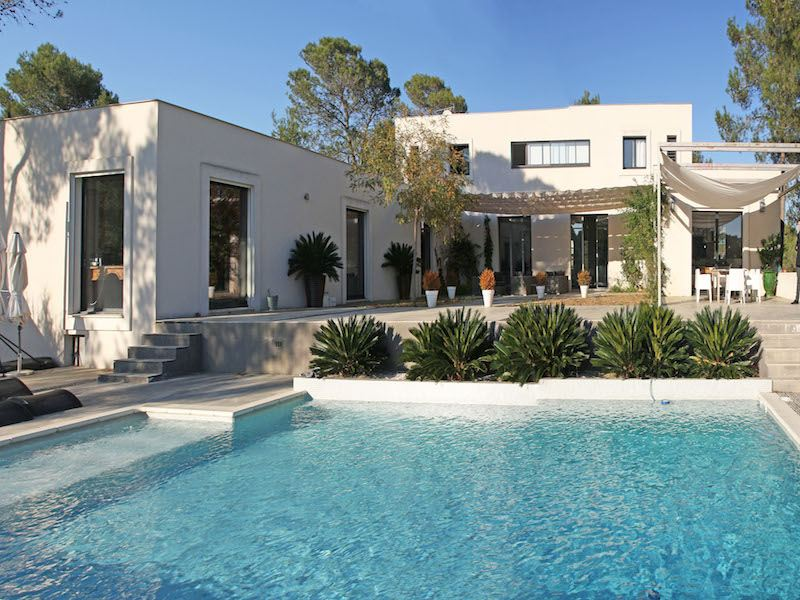 Property For Sale at WONDERFUL CONTEMPORARY PROPERTY