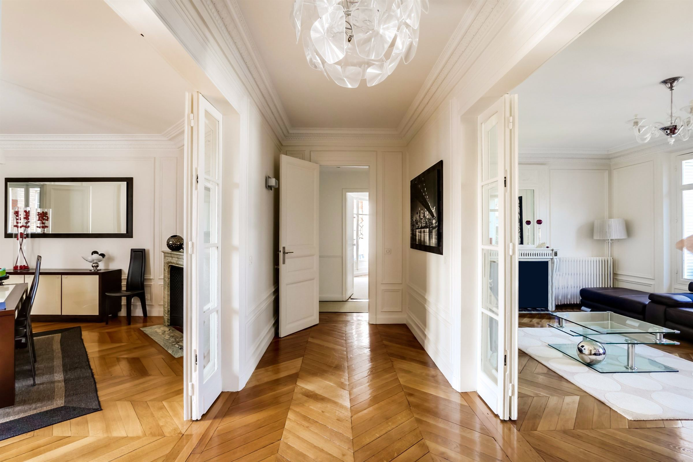 sales property at A through-apartment for sale in Neuilly-sur-Seine - City Hall